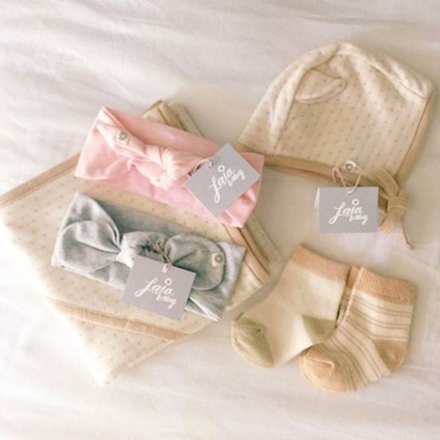 lovely lovely organic goodies 💕 build your own newborn package and we'll wrap it up for you! 🎀 #accentyourlittleone #organic #motherhood #honestmotherhood #momlife #love ❤️