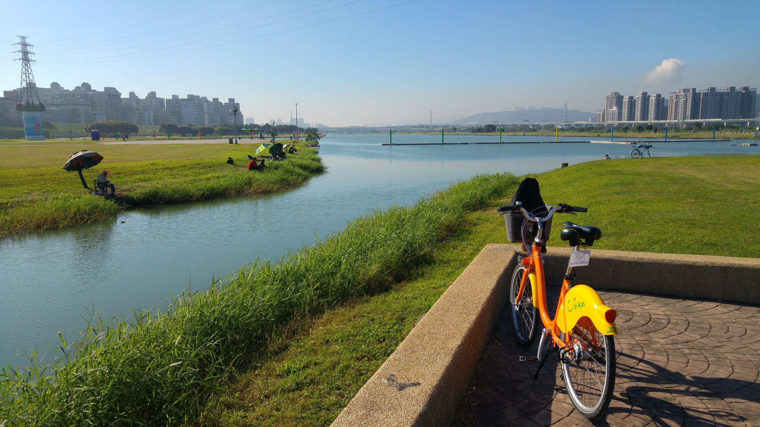 A beautiful day out with YouBike, thanks to Giant Bicycle