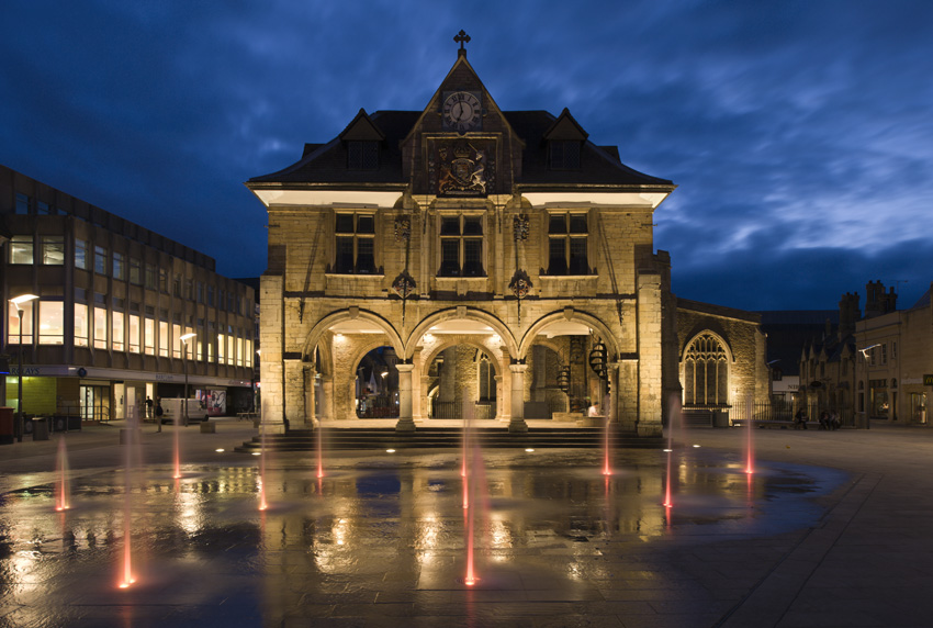 172_Peterborough Cathedral Square_Guildhall_01.jpg