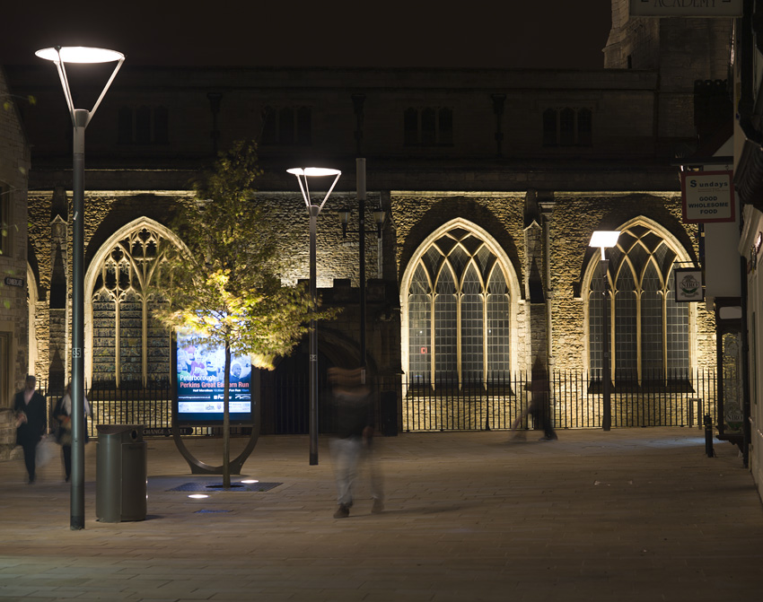 172_Peterborough Cathedral Square_Columns_01.jpg