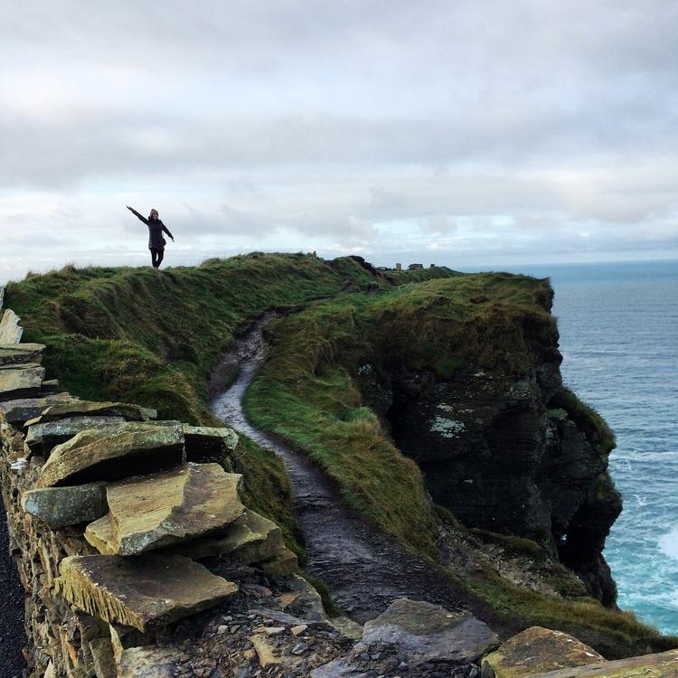 cliffs_dance.jpg