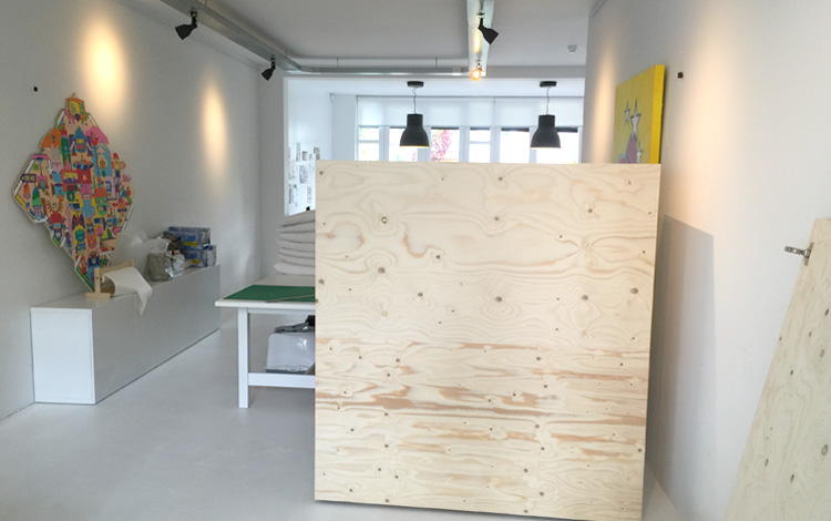 Installing of the new interior objects in Our Mr. Upside Gallery in Voorburg, The Netherlands today. New large cabinets, blocks and a textiles rack came in - Photo 2 of 10