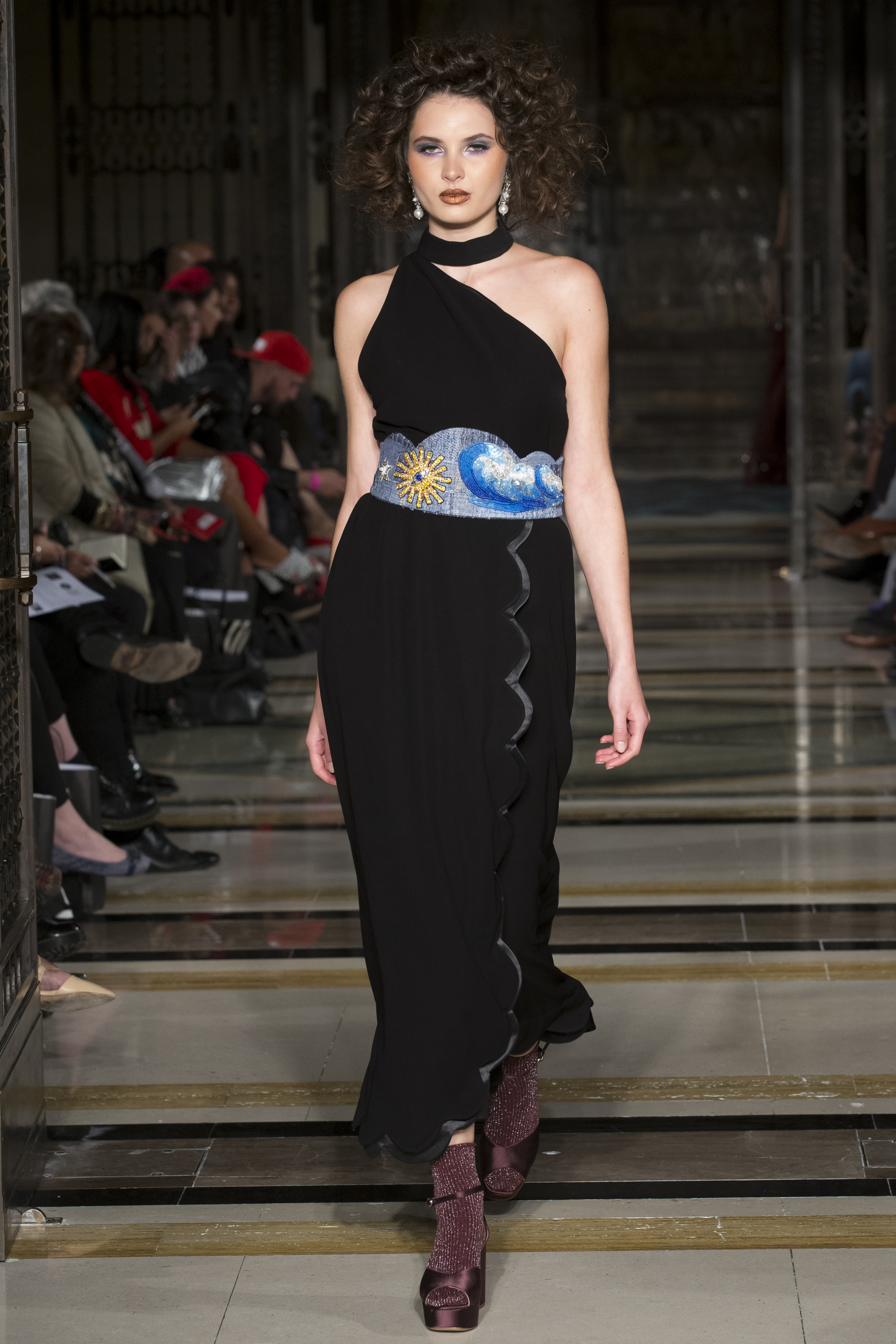 DDFC_X_FAD_Dubai_Fashion_Showcase_SS18_300dpi_007.JPG