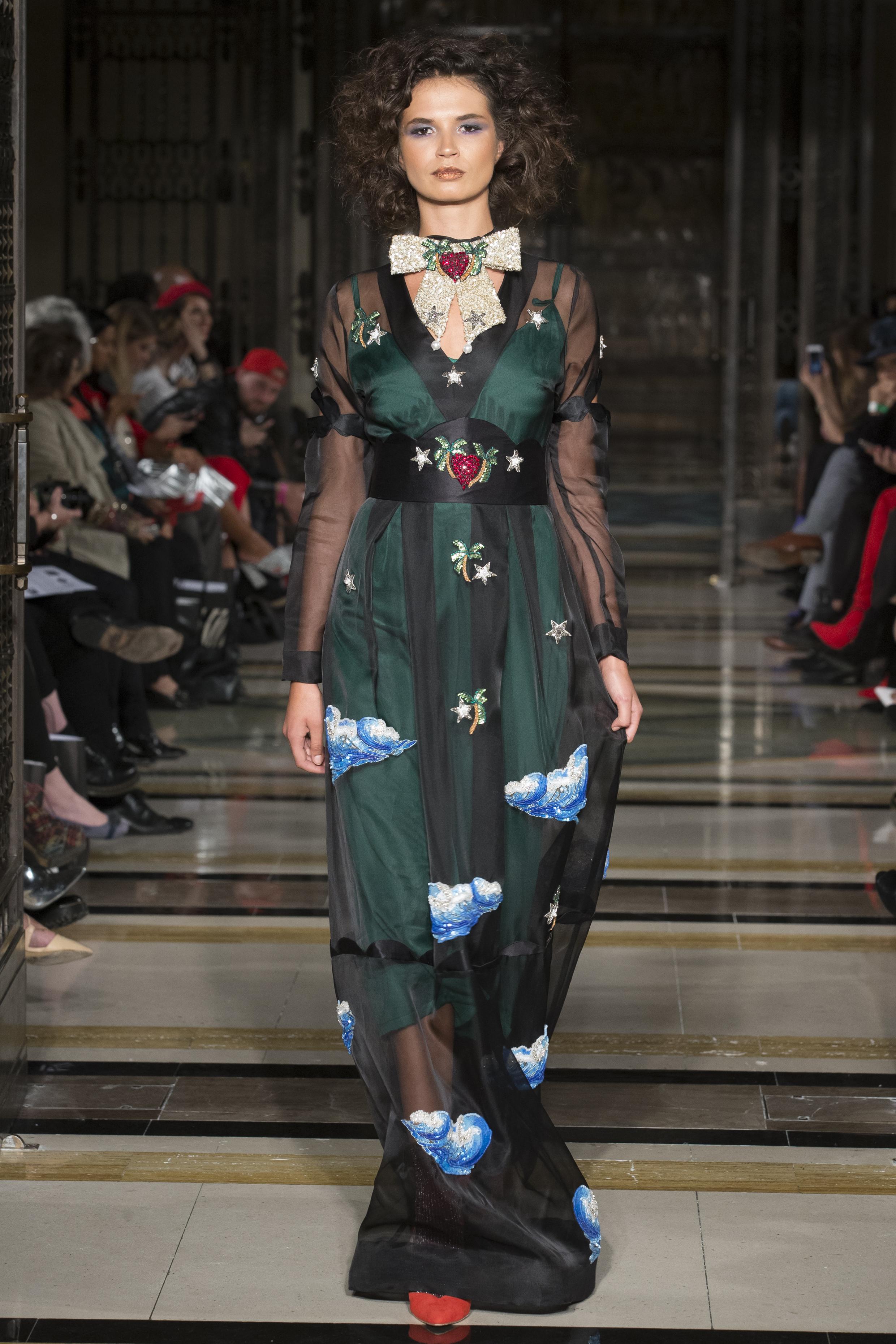 DDFC_X_FAD_Dubai_Fashion_Showcase_SS18_300dpi_019.JPG