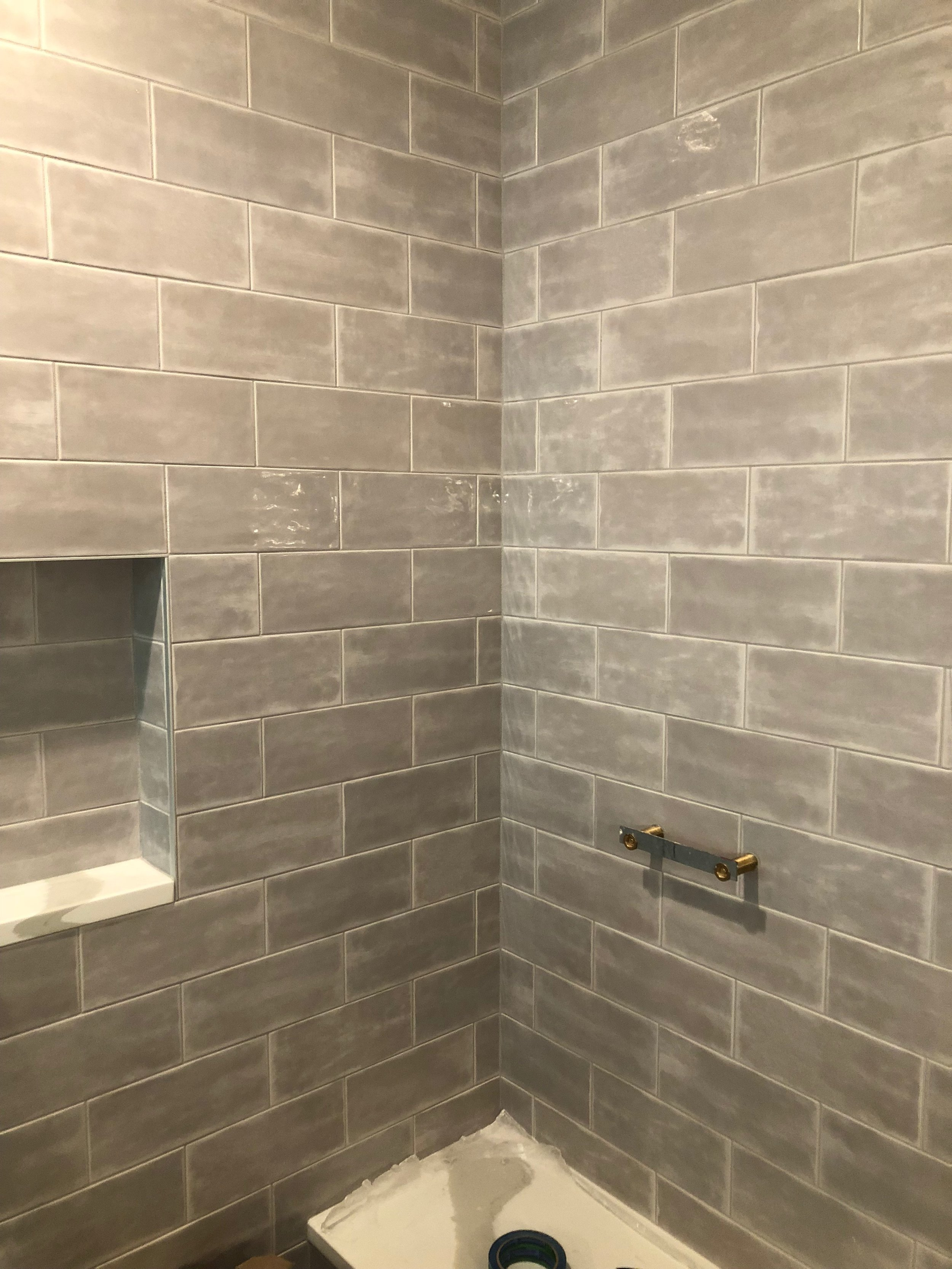 Speaking of tile turning a corner… look at this corner!! How beautiful?! Our tile guy is truly phenomenal!