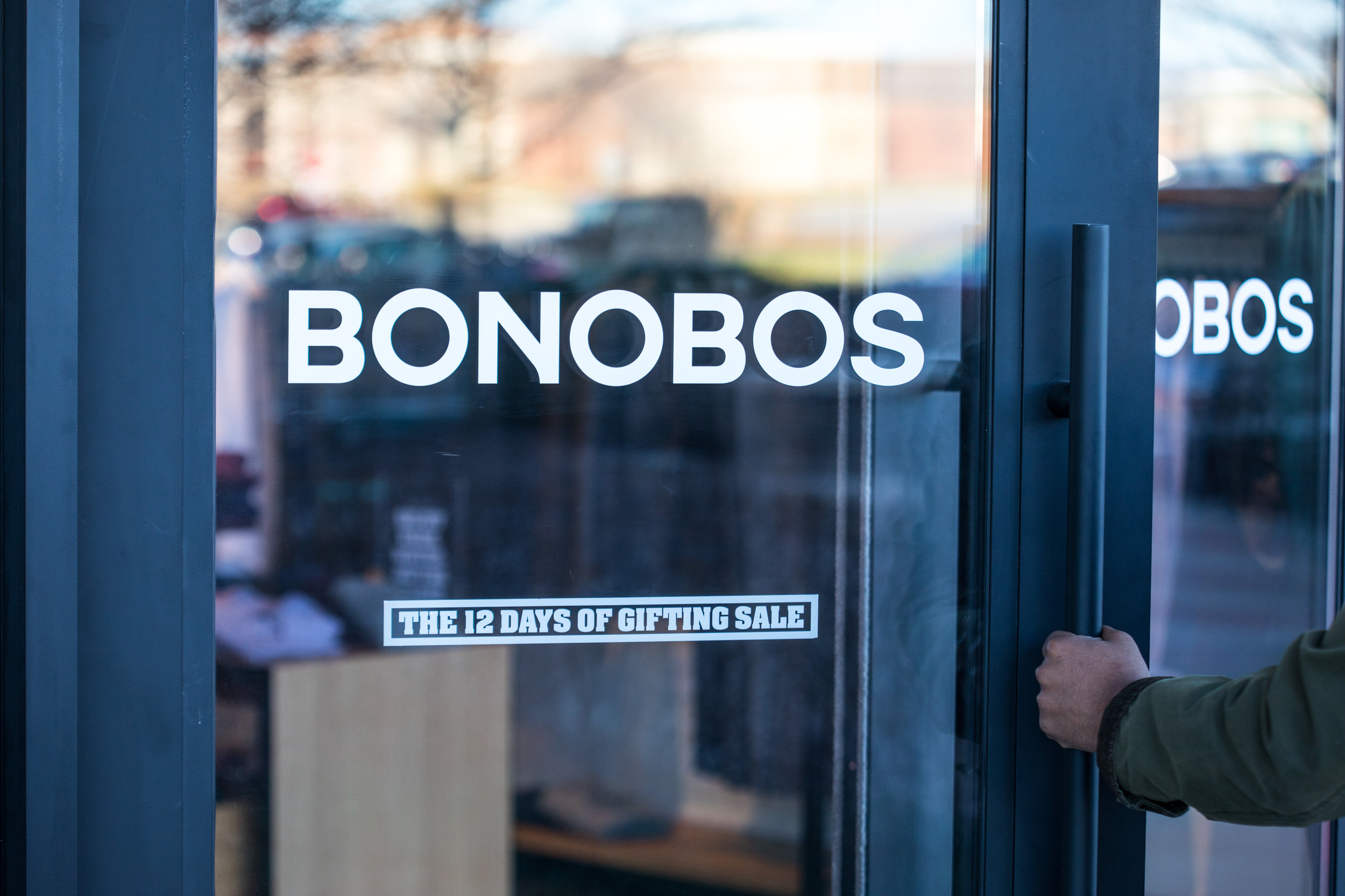 Bonobos Leawood Guideshop, Kasim Hardaway - Kansas City Blogger