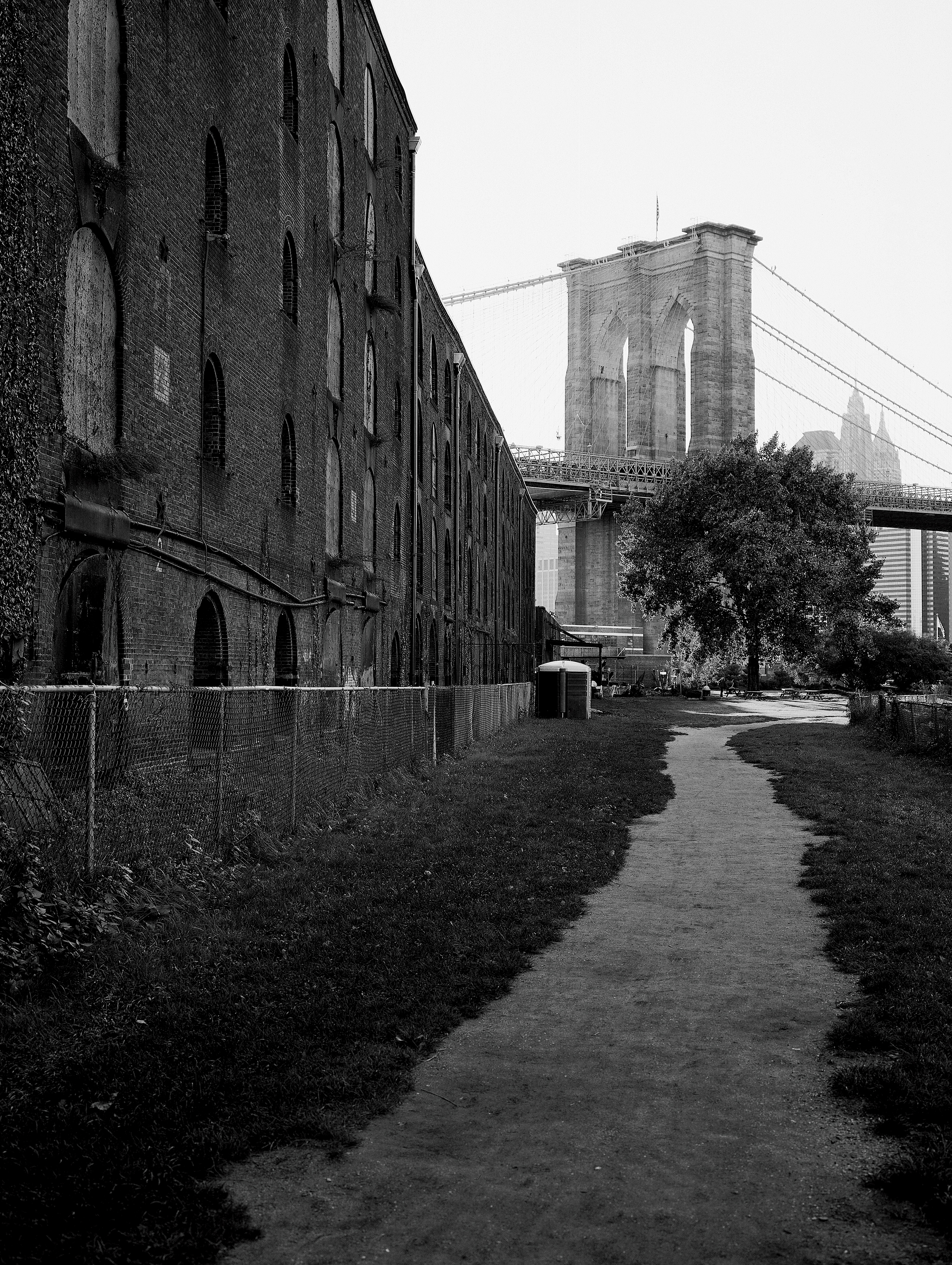 The way to Brooklyn Bridge 2000.jpg