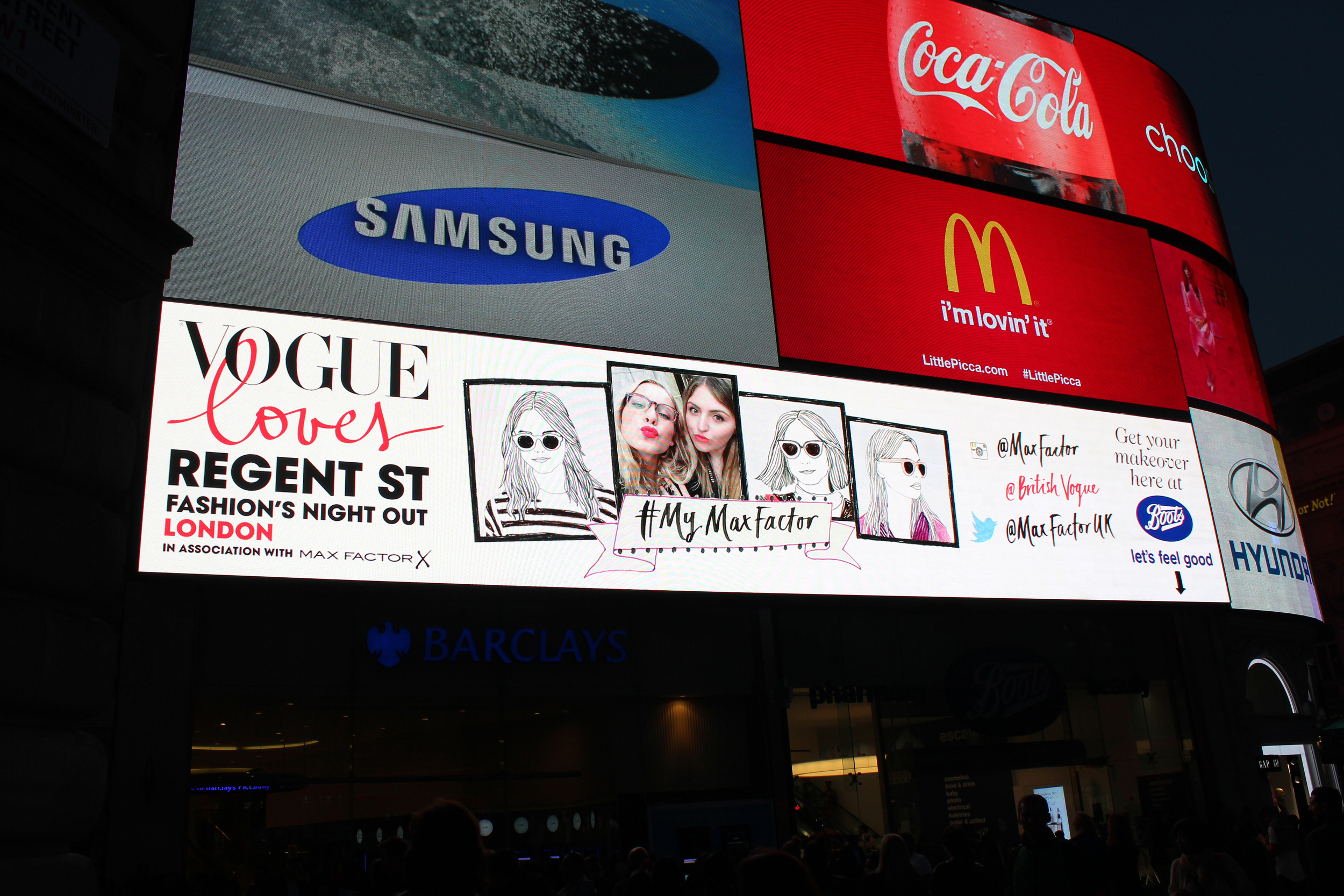 Vogue Fashion Night Out - Piccadilly Circus
