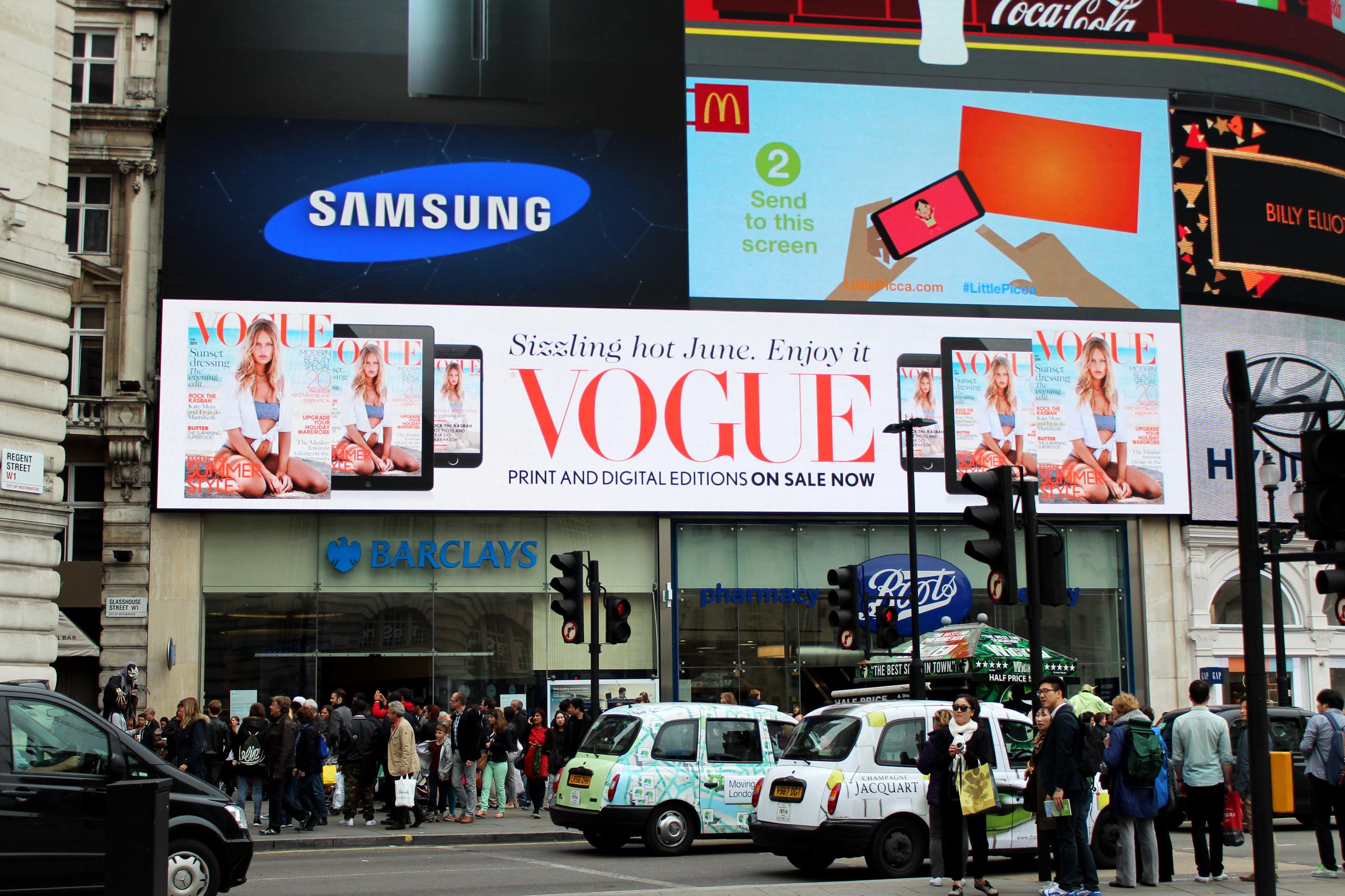British Vogue, Piccadilly Circus