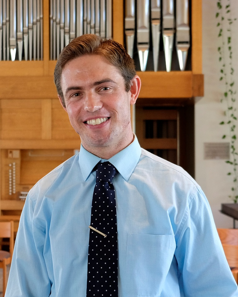 Pastor+Erik.jpg