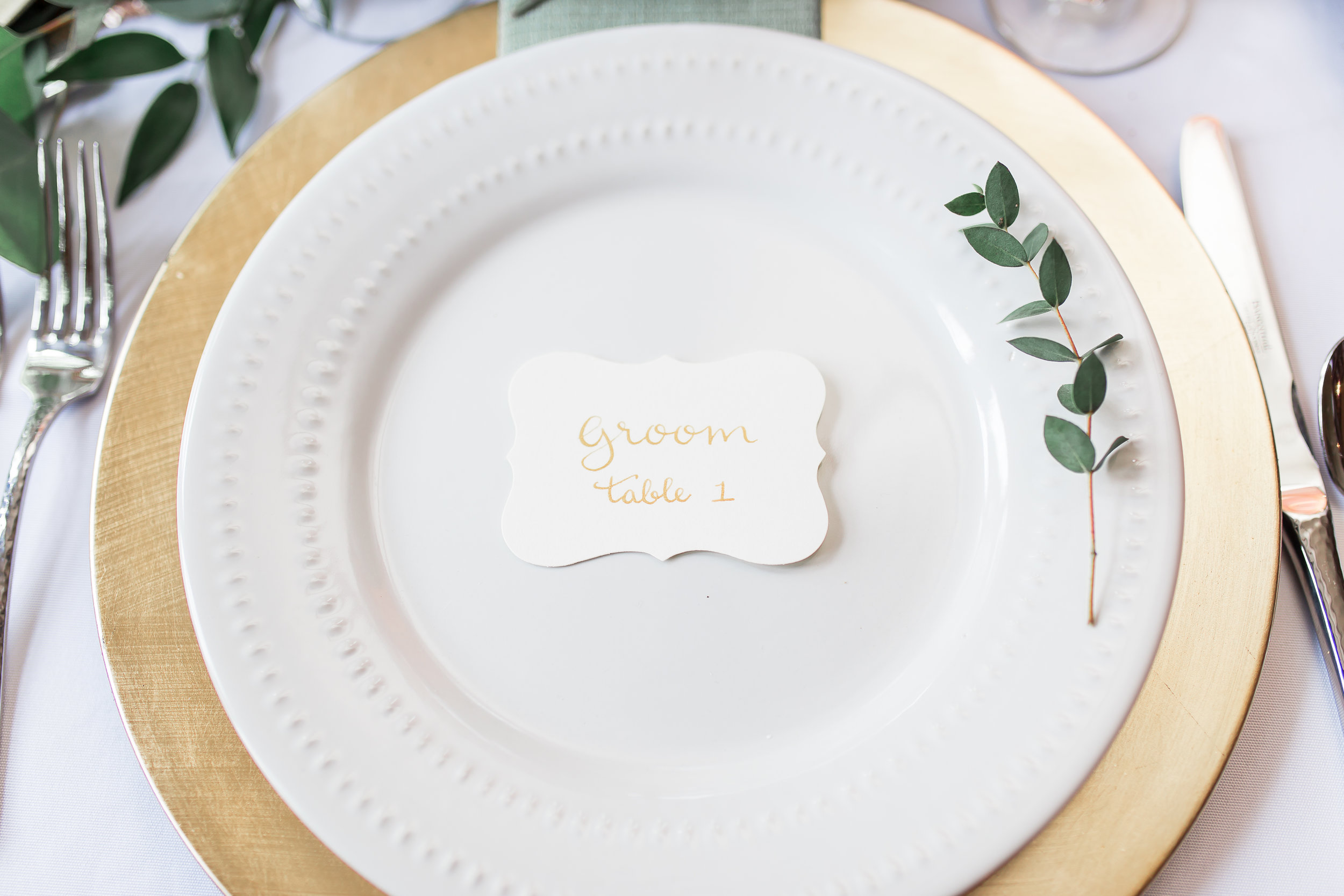 wedding calligraphy groom place card  photo by  soul focus media