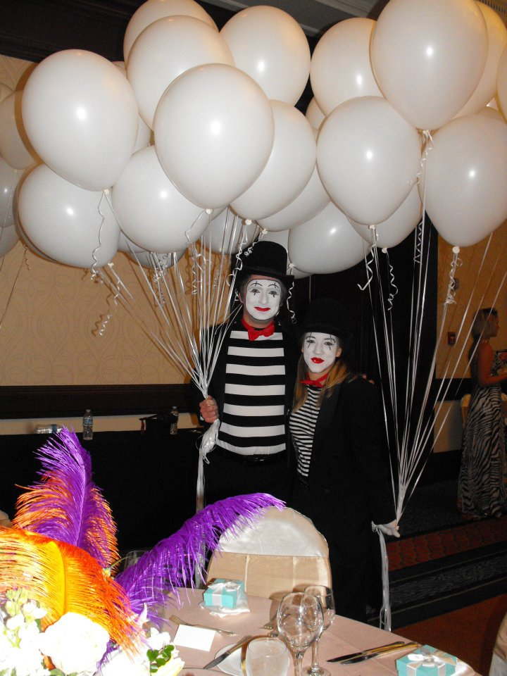 Judah Buxton and his wife, Erica, providing Mime entertainment.