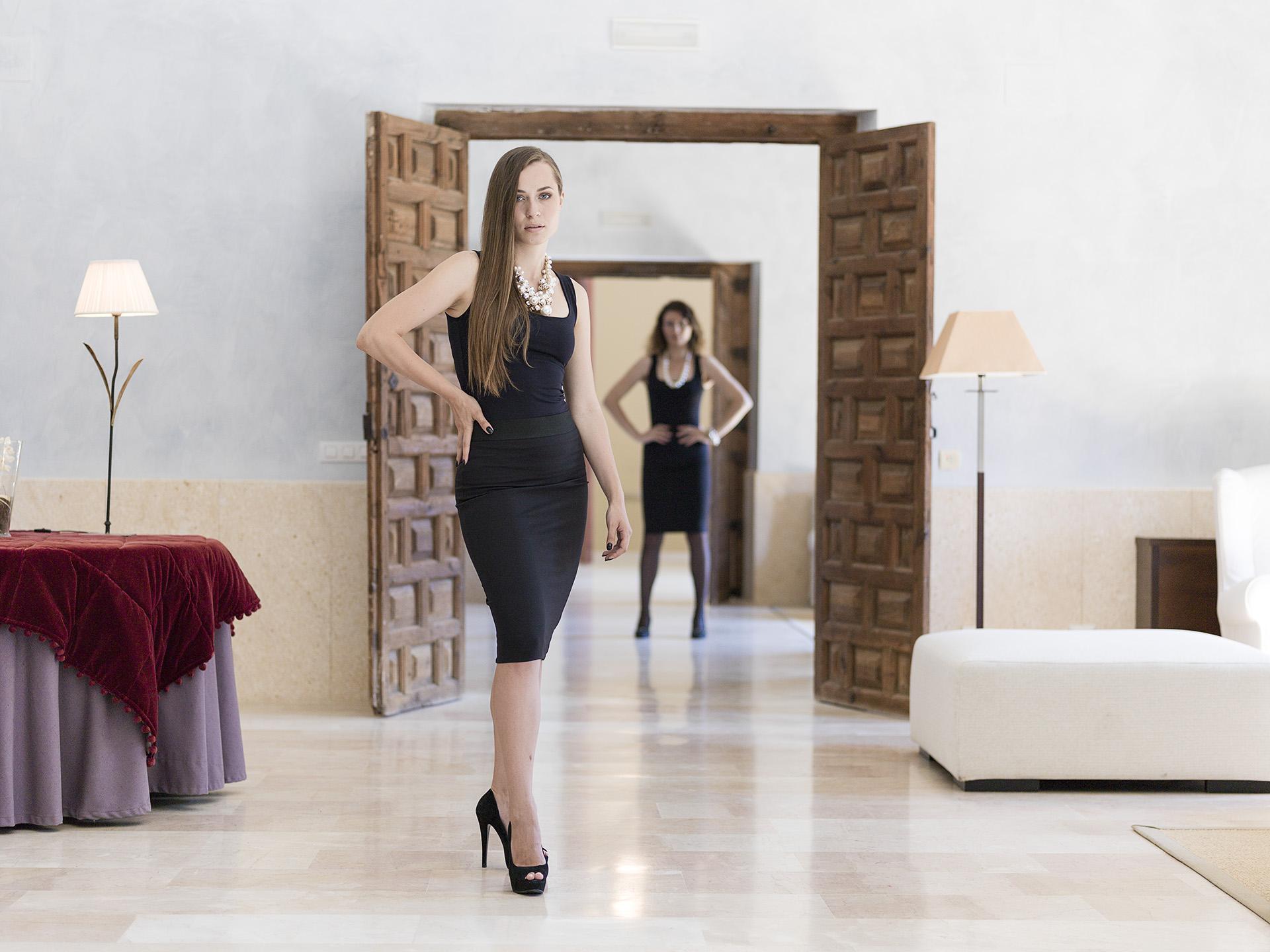 MONASTERIO de RUEDA. Model: Olga Grebenikova und Lena Silk, Bild Eric Berger, Nadja Gusenbauer