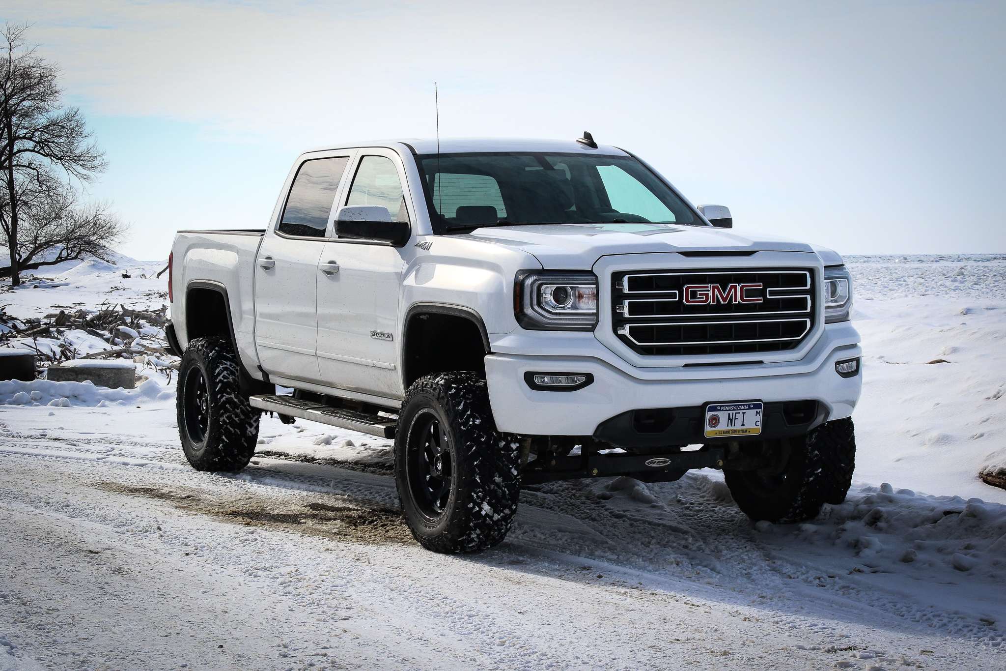 White Out GMC - *Click to View Build