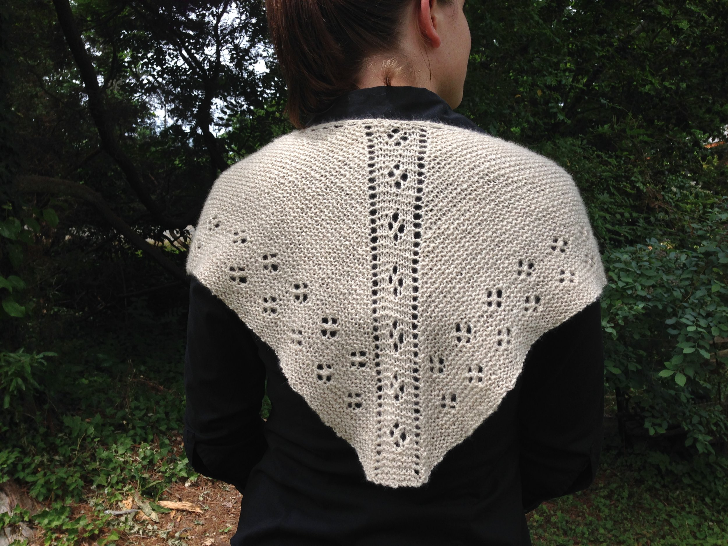 mouse print shawlette, on our patterns page