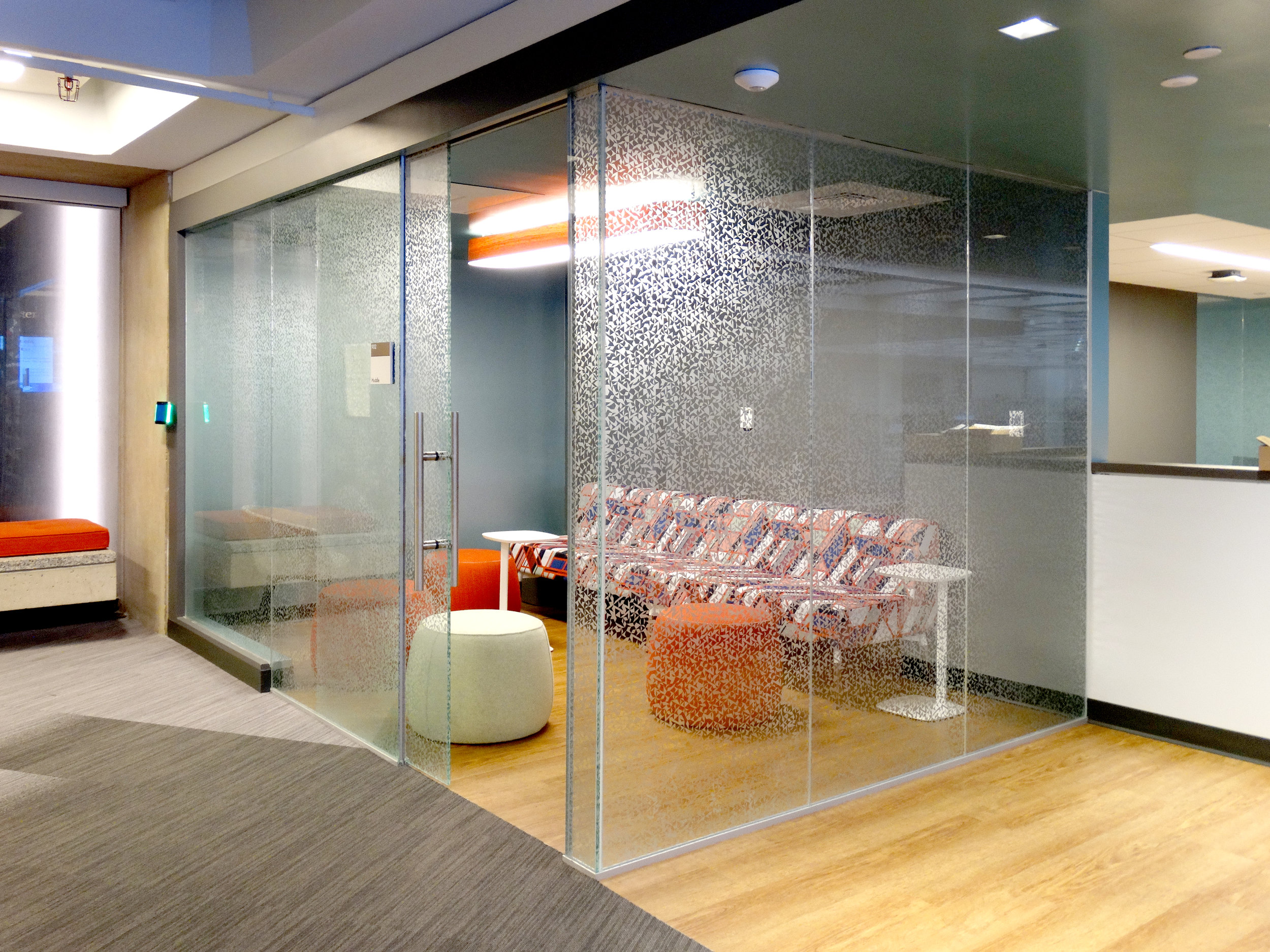 Illume Frameless Glass Huddle Room Glass Box Walls - Spaceworks AI.jpg