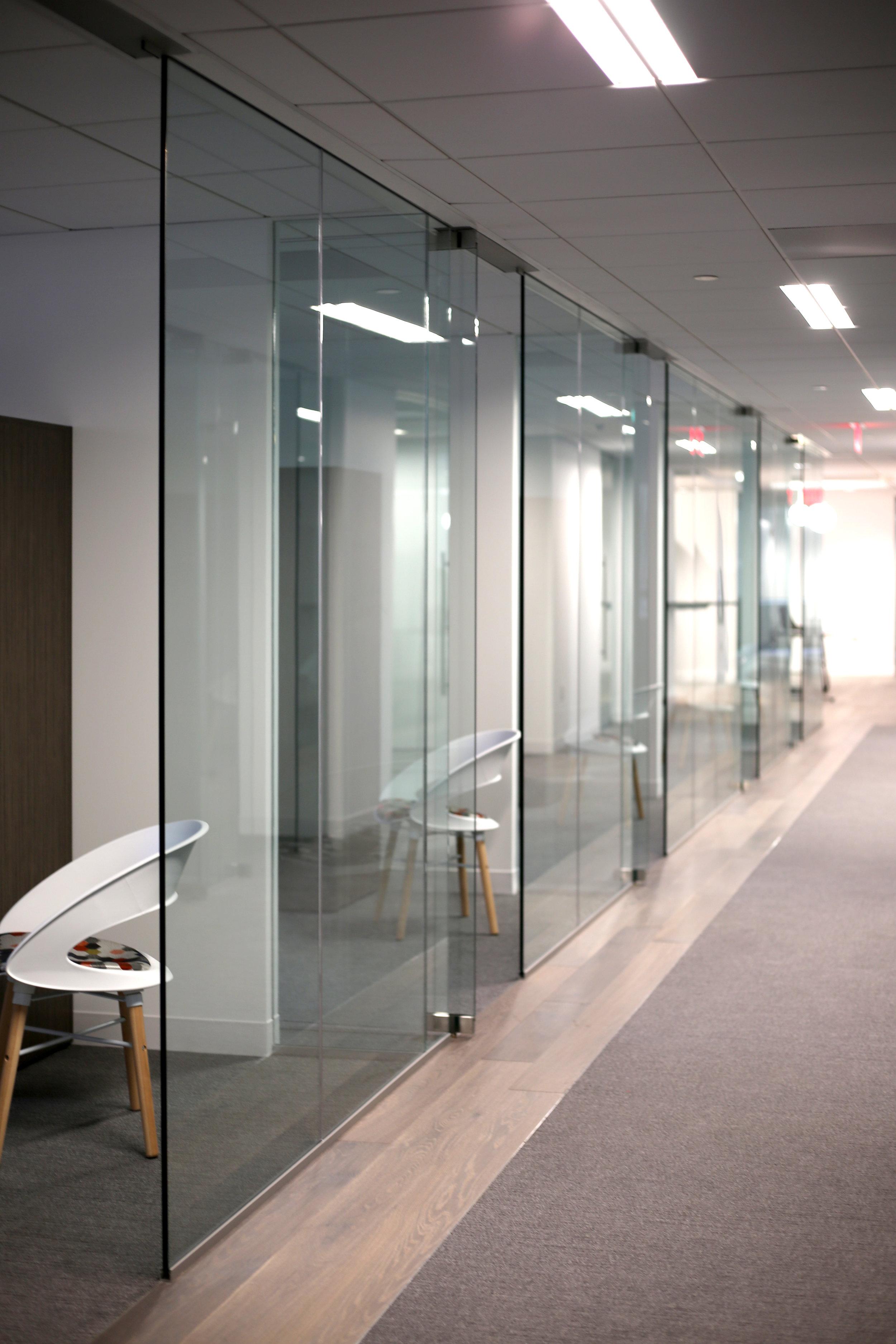 Illume Frameless Glass Office Runs - Spaceworks AI.jpg