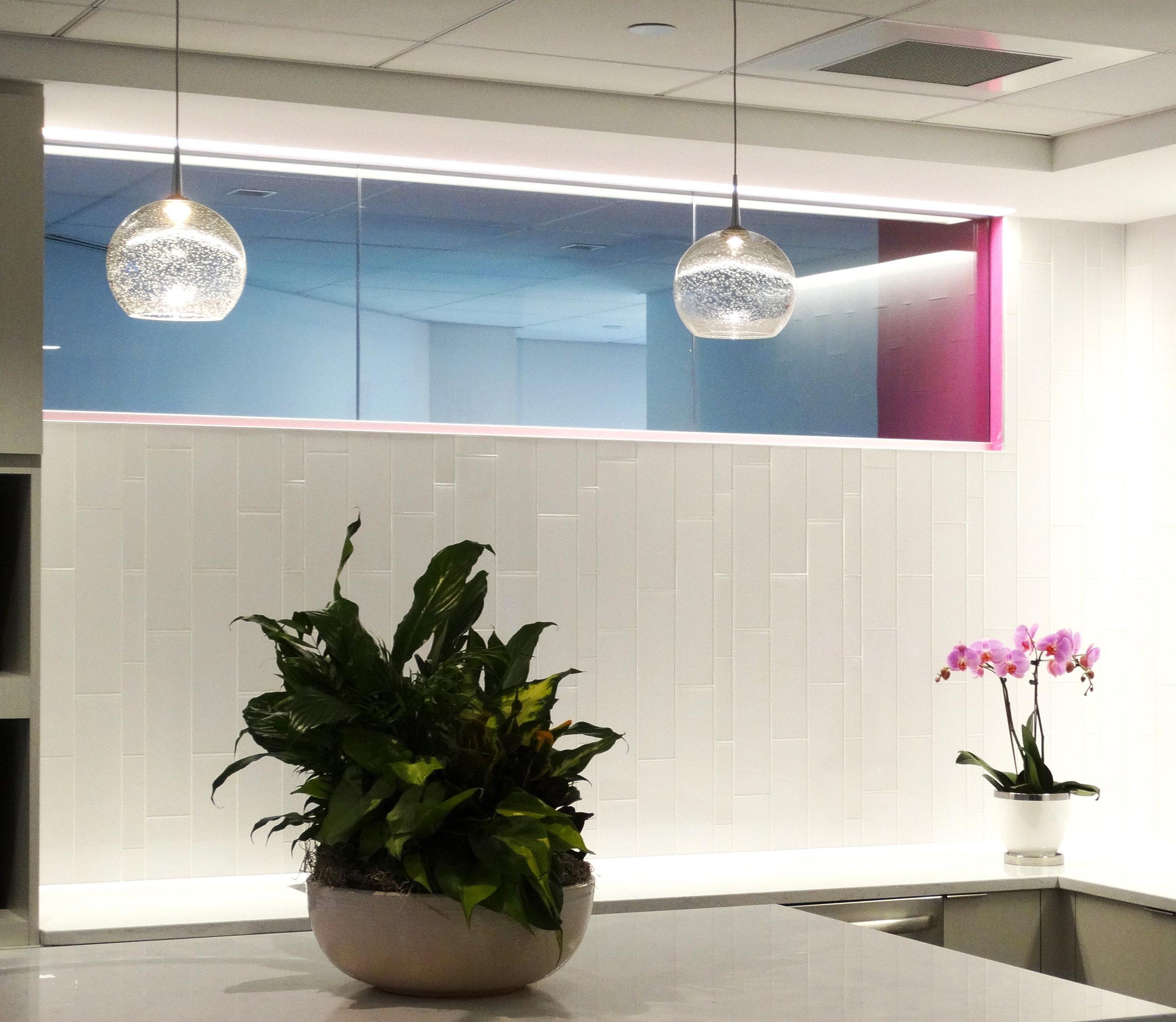 Illume Frameless Glass Kitchen Wall - Spaceworks AI.jpg