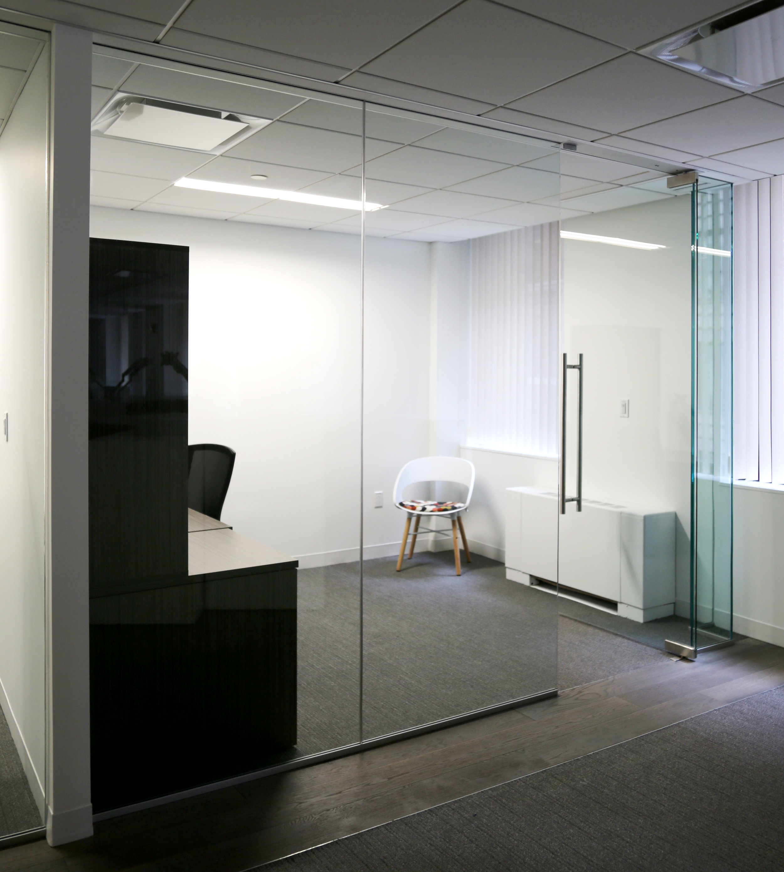 Illume Frameless Glass Office - Spaceworks AI.jpg