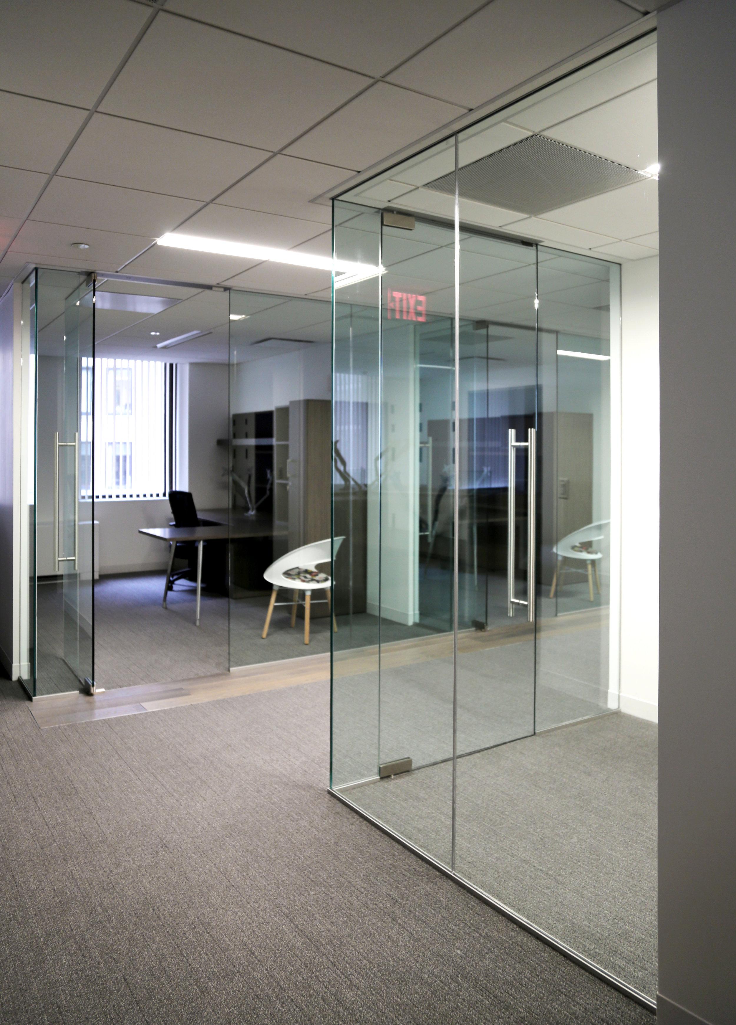 Illume Frameless Glass Office Walls - Spaceworks AI.jpg