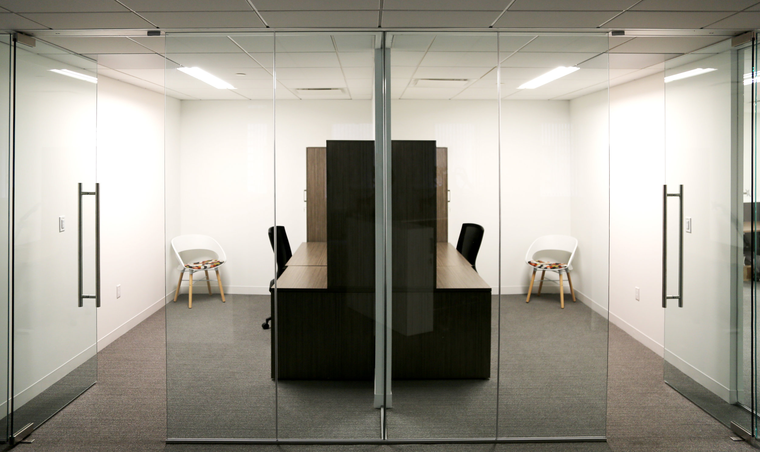 Illume Frameless Glass Return - Spaceworks AI.jpg