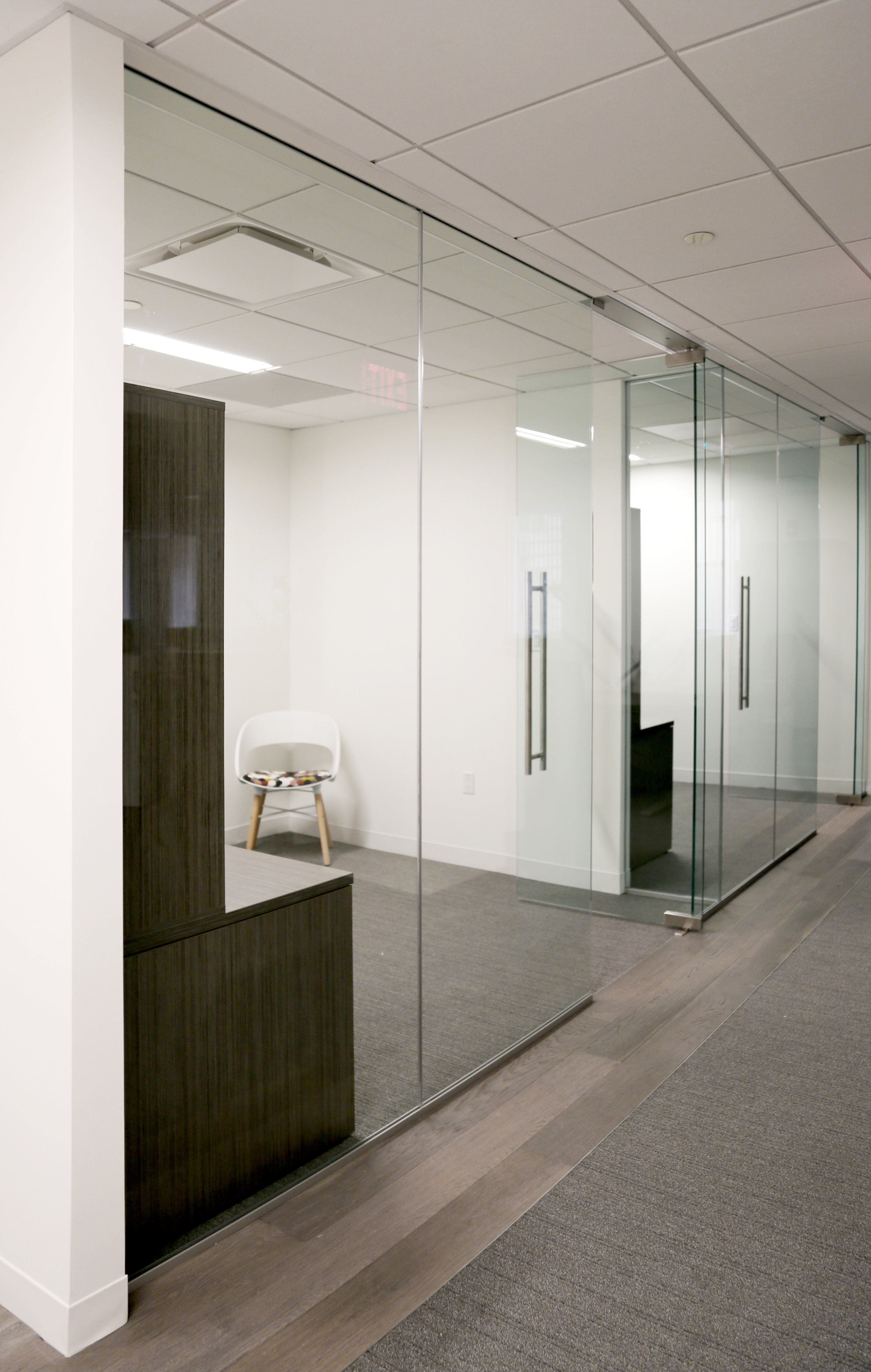 Illume Frameless Glass Offices - Spaceworks AI.jpg
