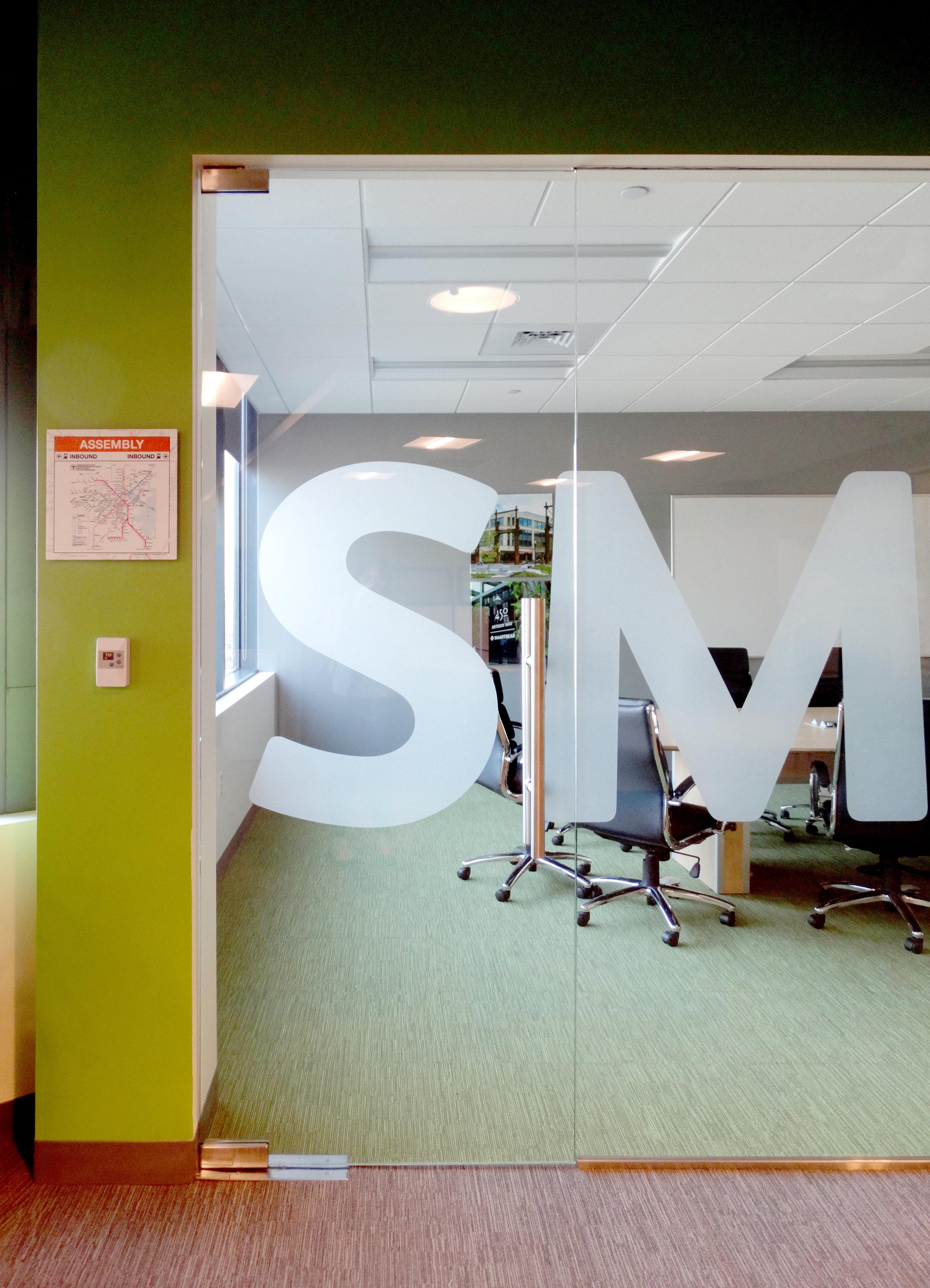 Illume Frameless Glass Patch Fitting Pivot Door - Spaceworks AI.jpg