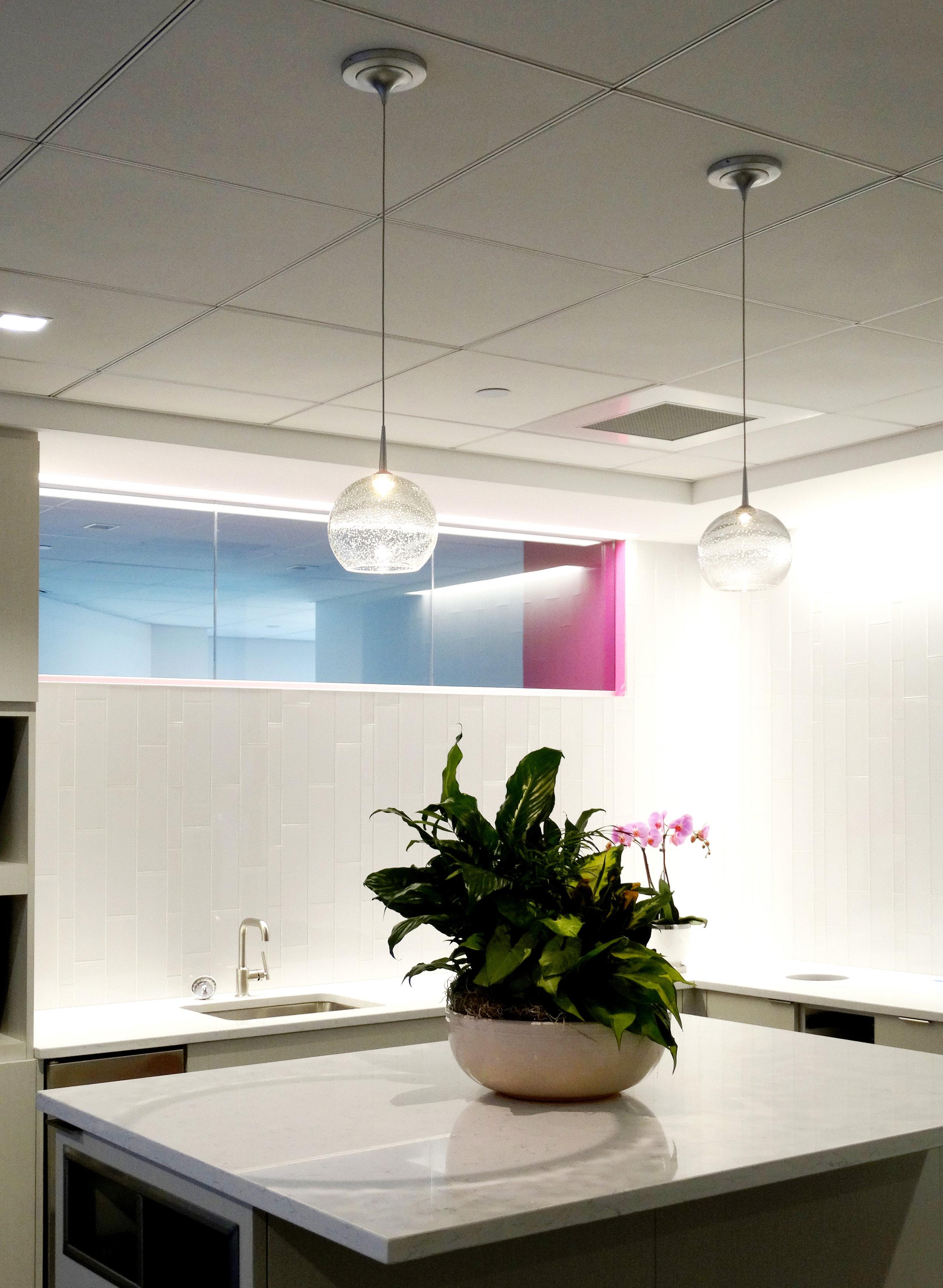 Illume Frameless Glass White Glass Kitchen - Spaceworks AI.jpg