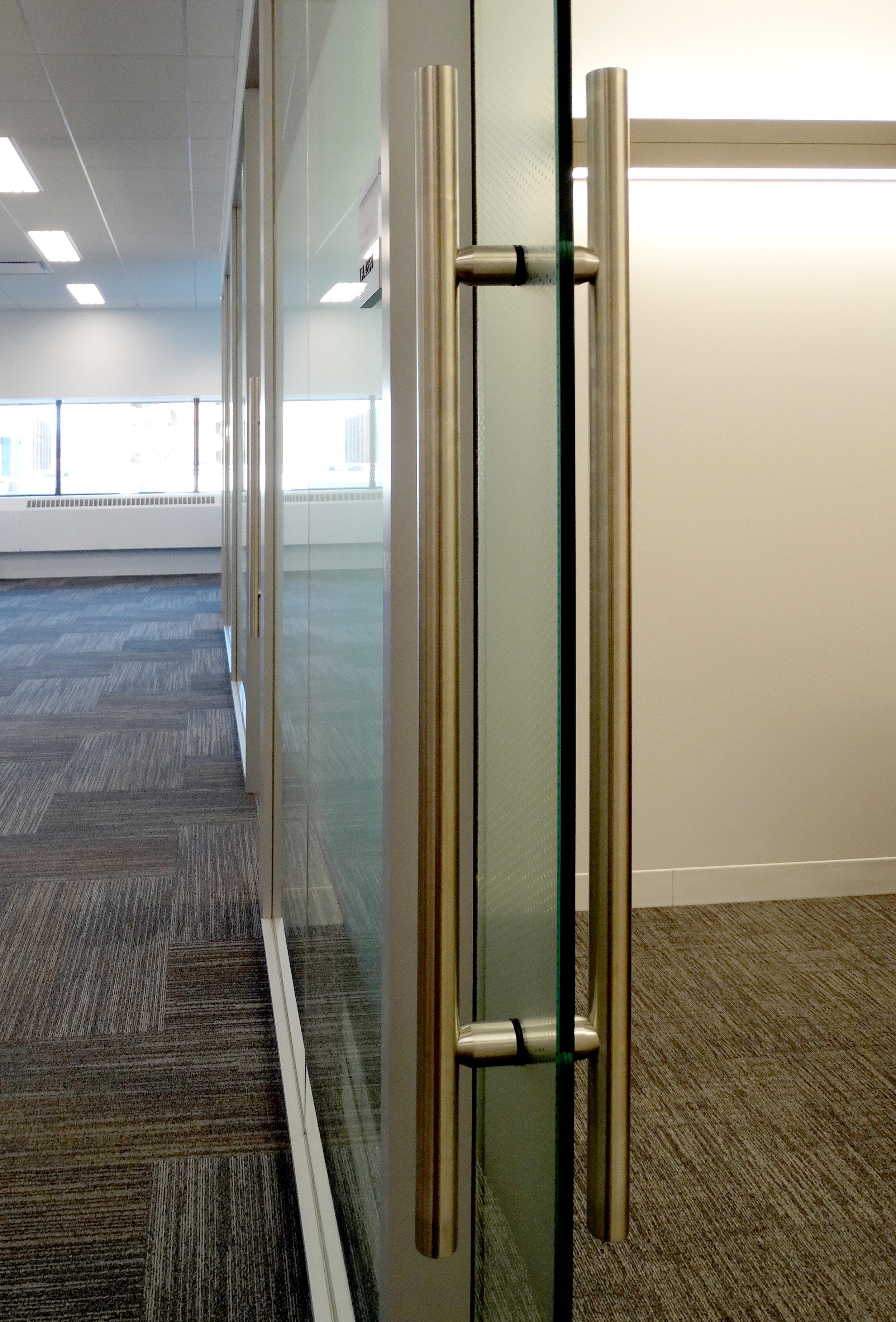 Litespace Glass Sliding Door Ladder Pull - Spaceworks AI.jpg