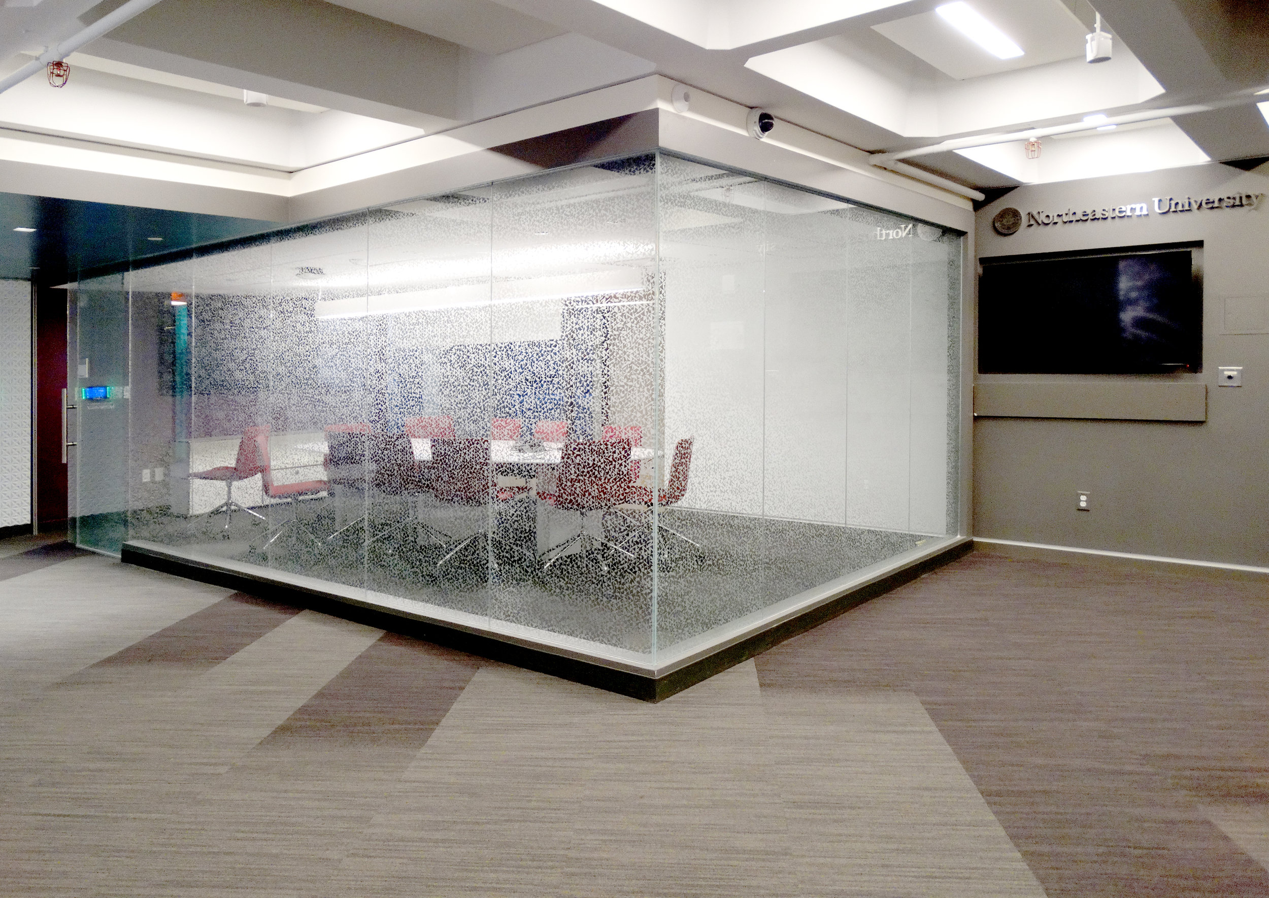 Illume Frameless Glass Box Office Walls - Spaceworks AI.jpg