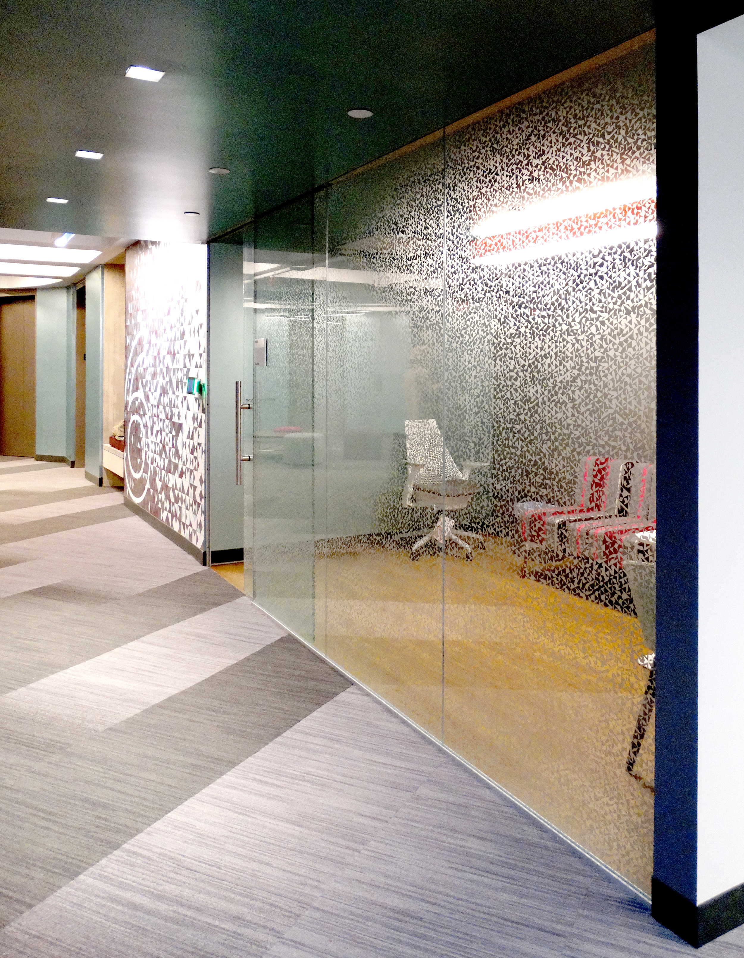 Illume Frameless Glass Etched Pattern Wall - Spaceworks AI.jpg