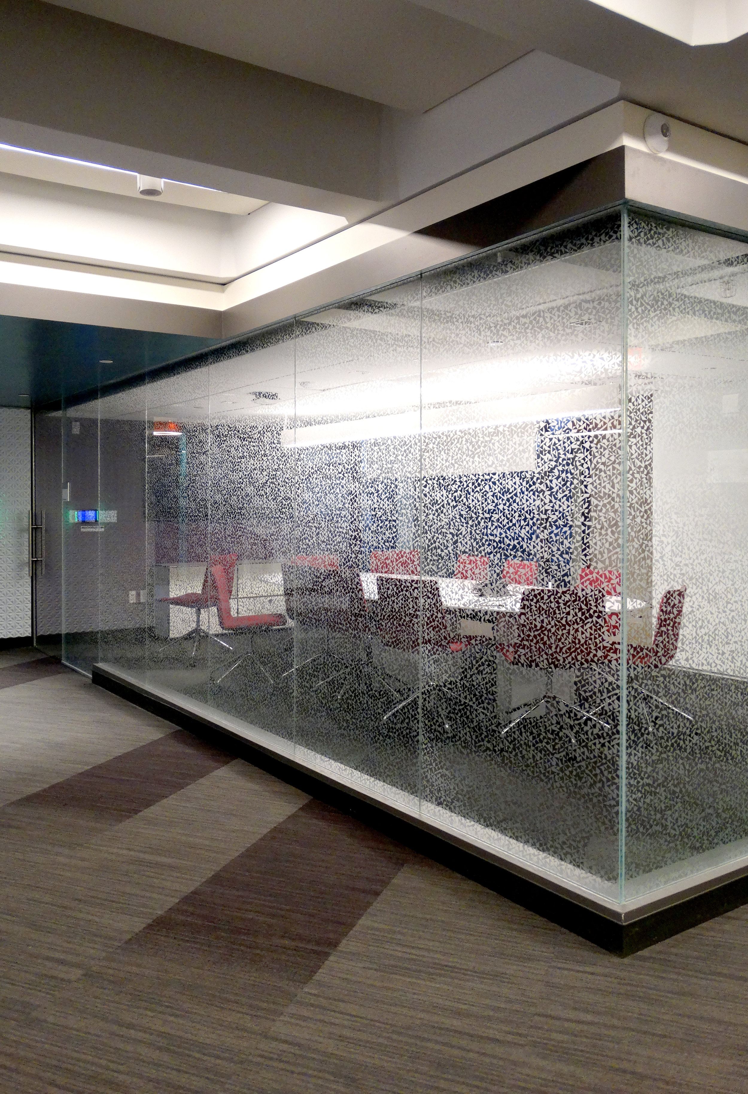 Illume Frameless Glass Sliding Door Wall - Spaceworks AI.jpg