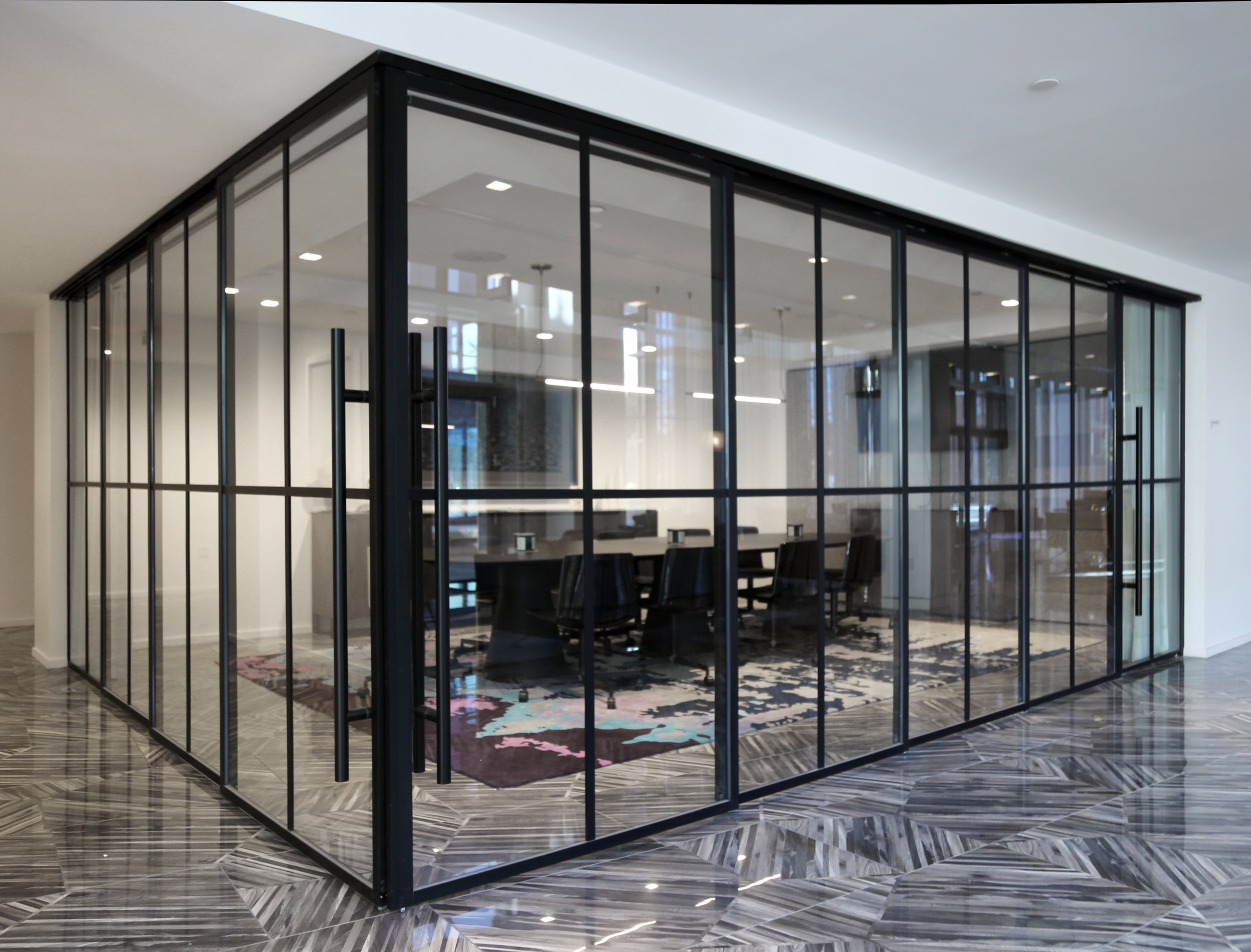 Modernus Telescoping Perpendicular Glass Wall Conference Room Closed - Spaceworks AI.jpg