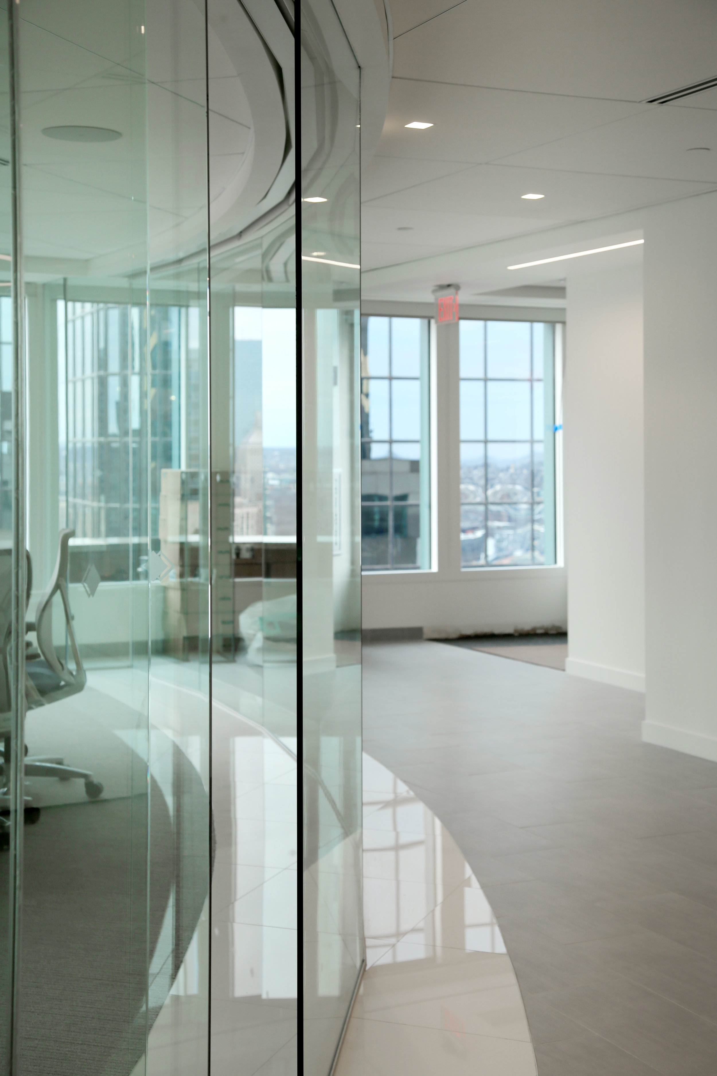Frameless Glass Curved Faceted Conference Room Wall System - Spaceworks AI.jpg