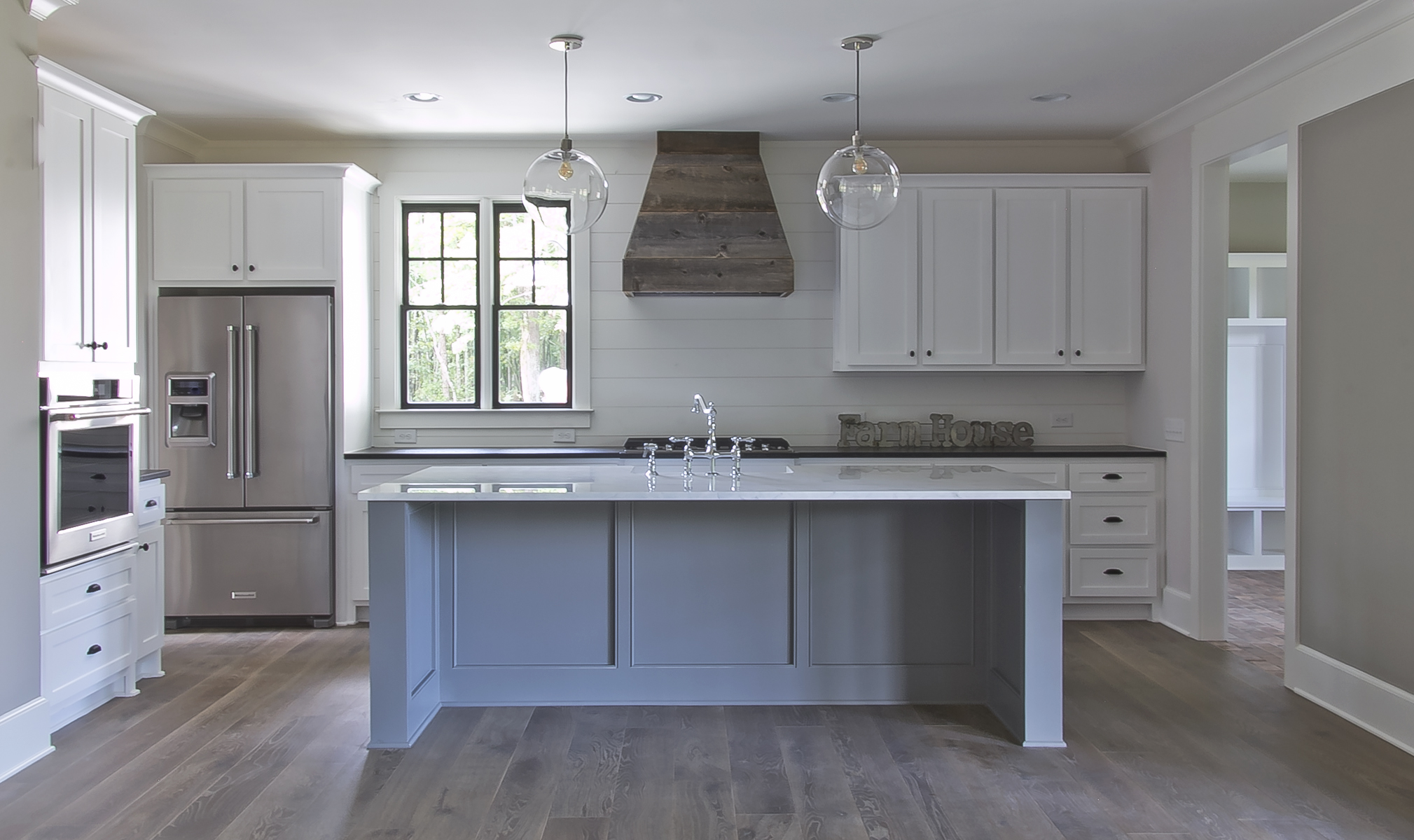 longstreet kitchen bare.jpg