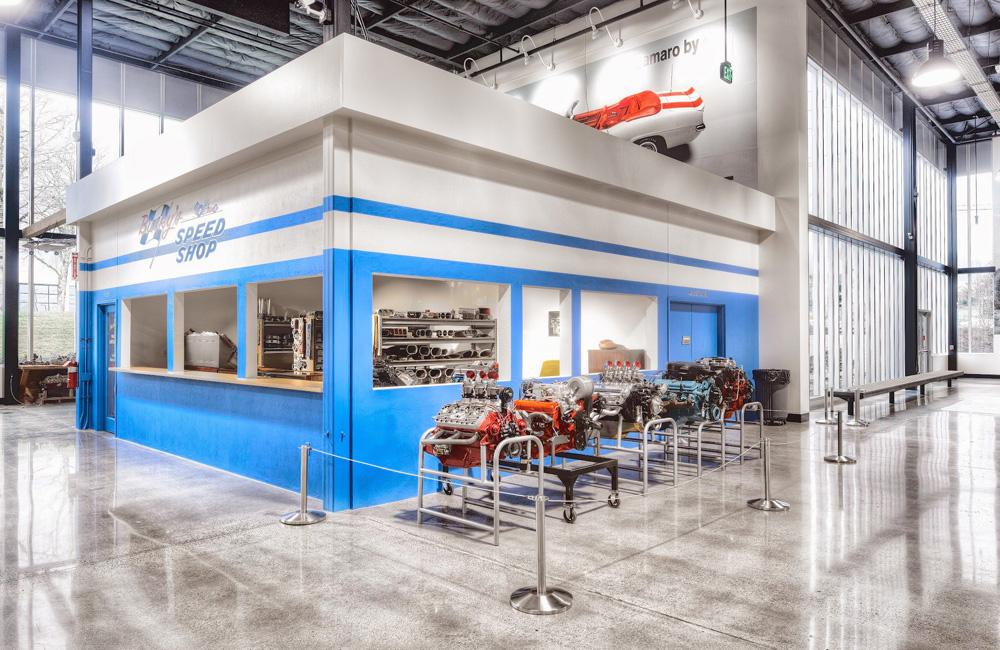 _World-of-Speed-Interior_Bucky's-Speed-Shop.jpg