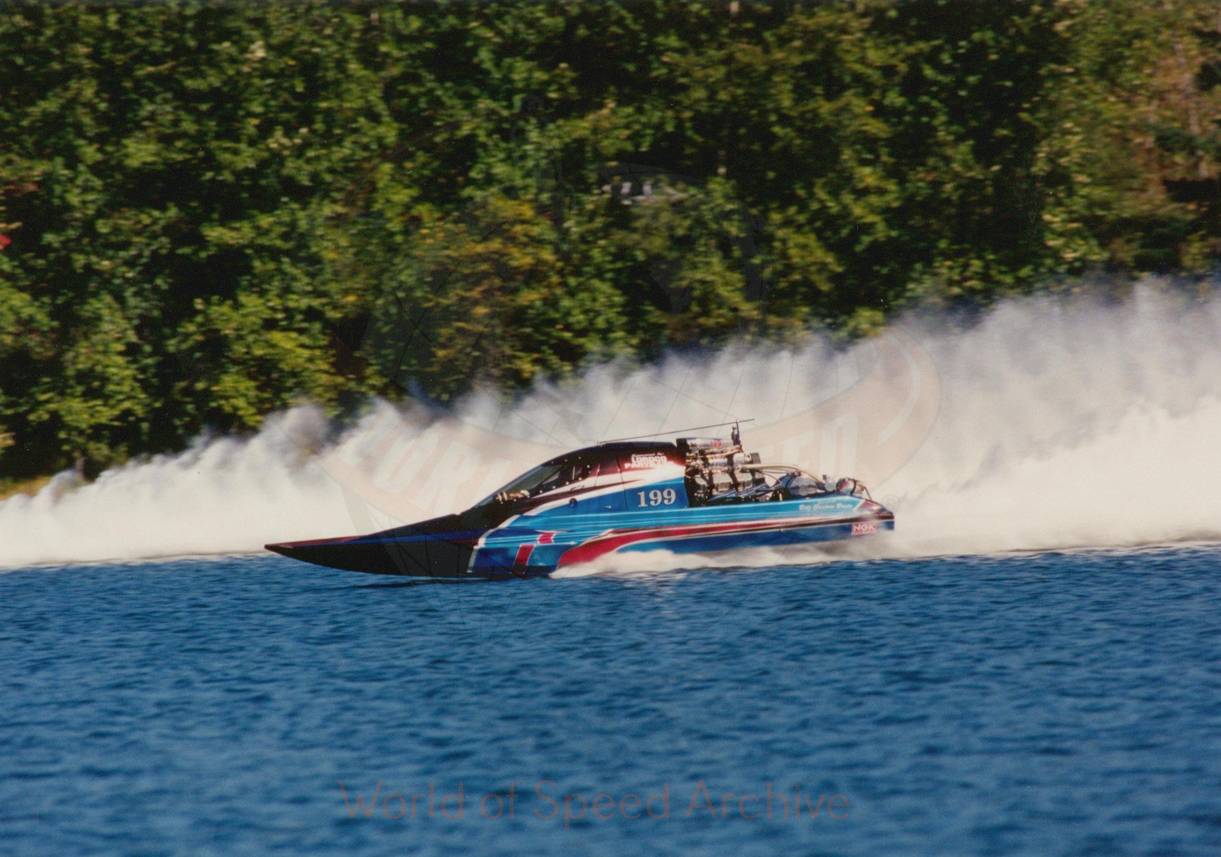 B7-S8-G1-F1-001 - boat racing