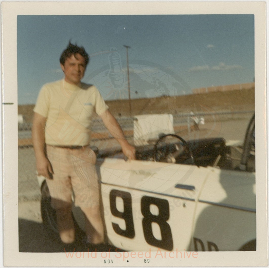 WOS#3786 - GM08 p128: Gene Blodgett beside Jimmy Martin's Datsun 2000 #98 Roadster
