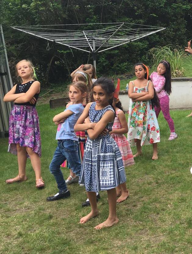girls crossing arms.jpg