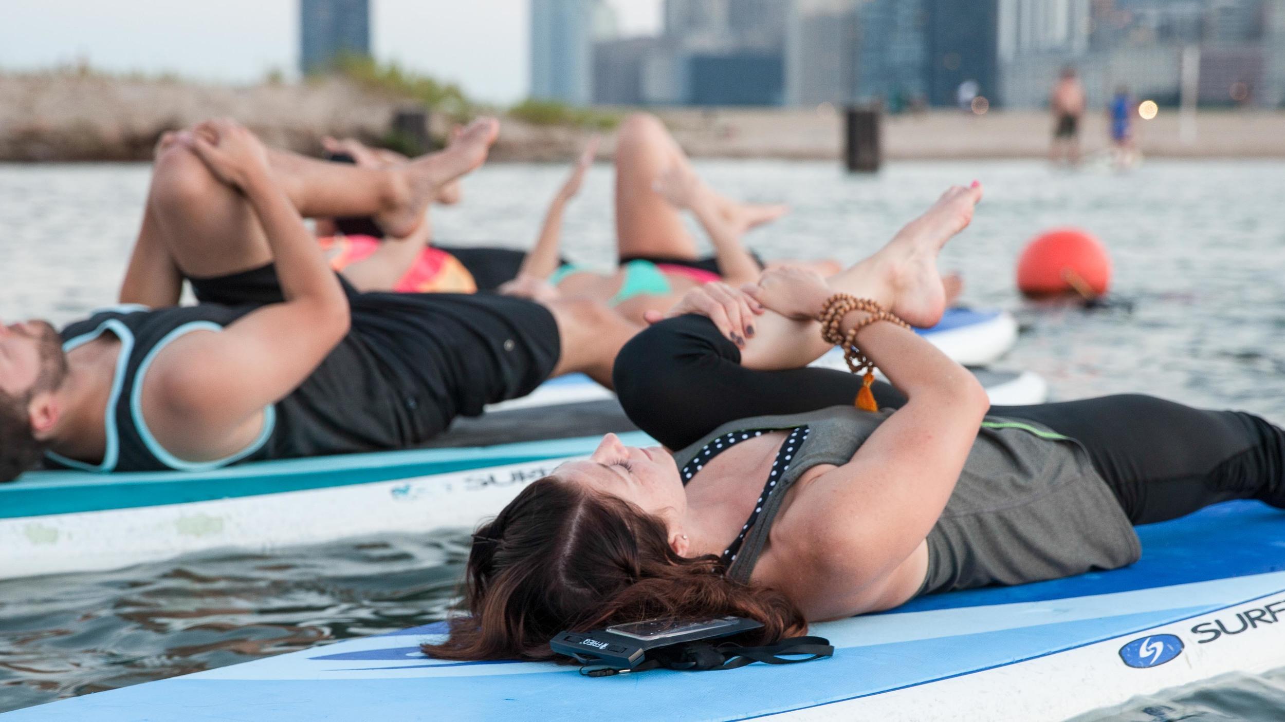 ChicagoSUP Yoga Fitness Photo (2 of 9).jpg