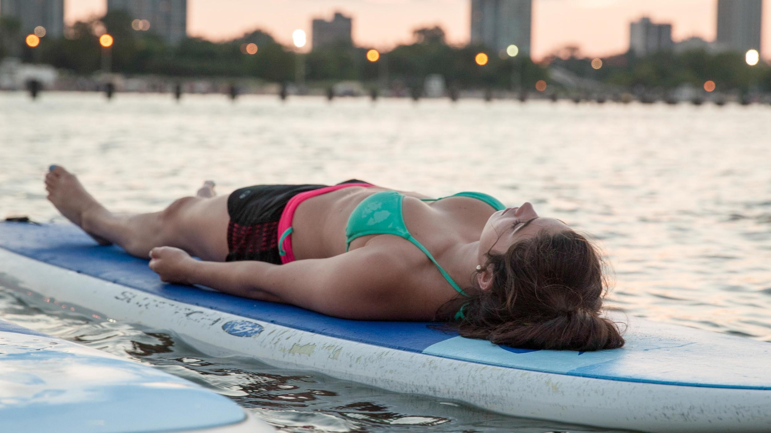 ChicagoSUP Yoga Fitness Photo (3 of 9).jpg