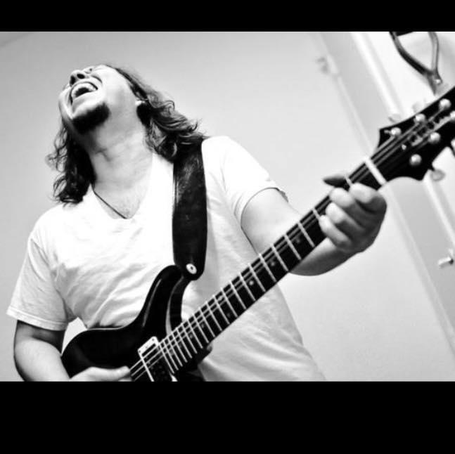 Ady Hernandez -Vocals Guitar