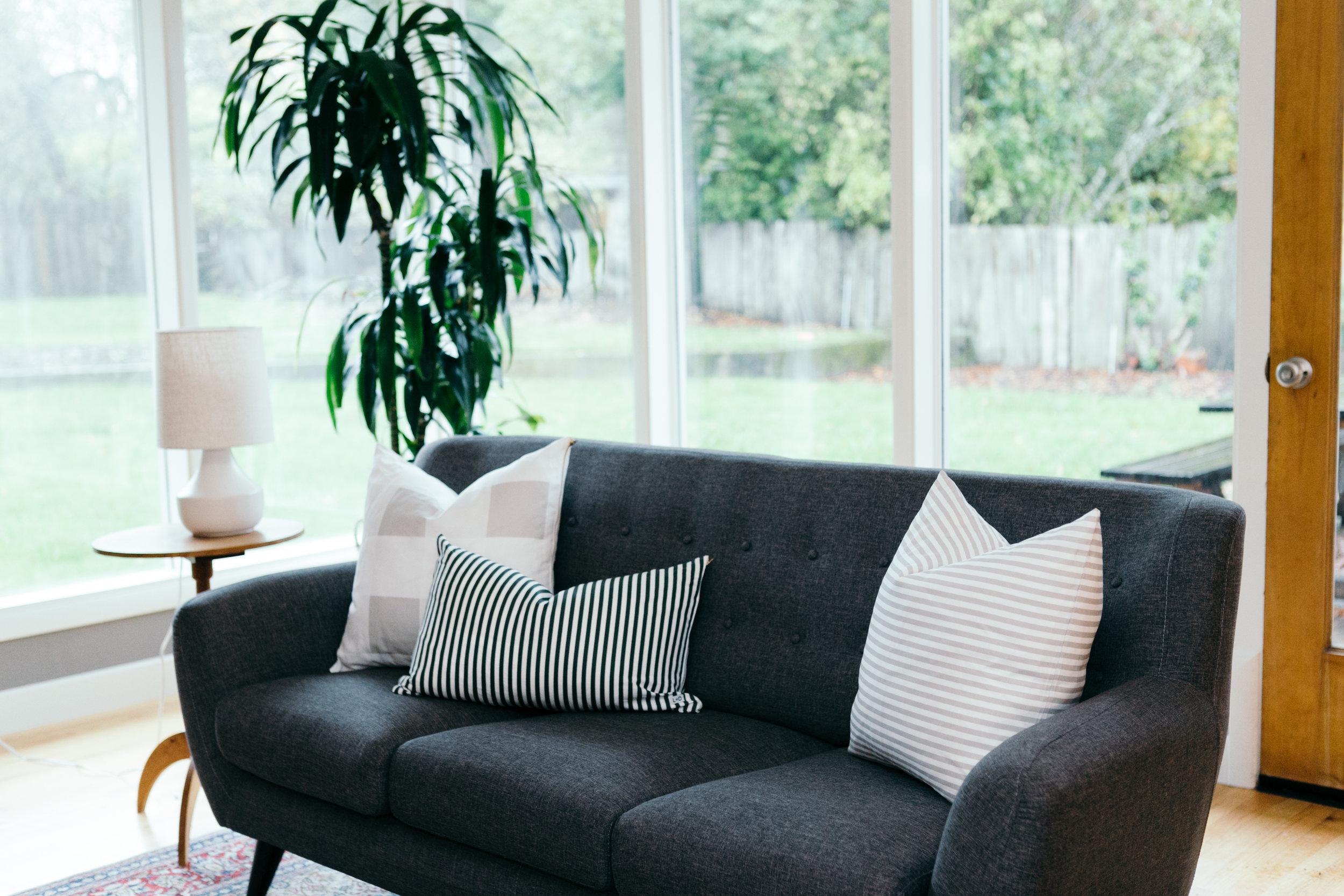 Nov_Pillows_RebeccaBadger-1.jpg