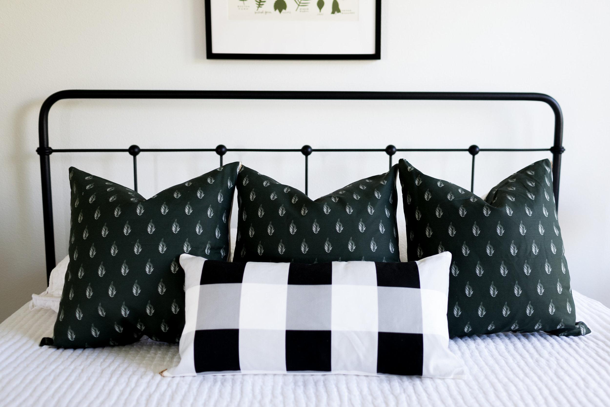 L&D-Pillows-48.jpg