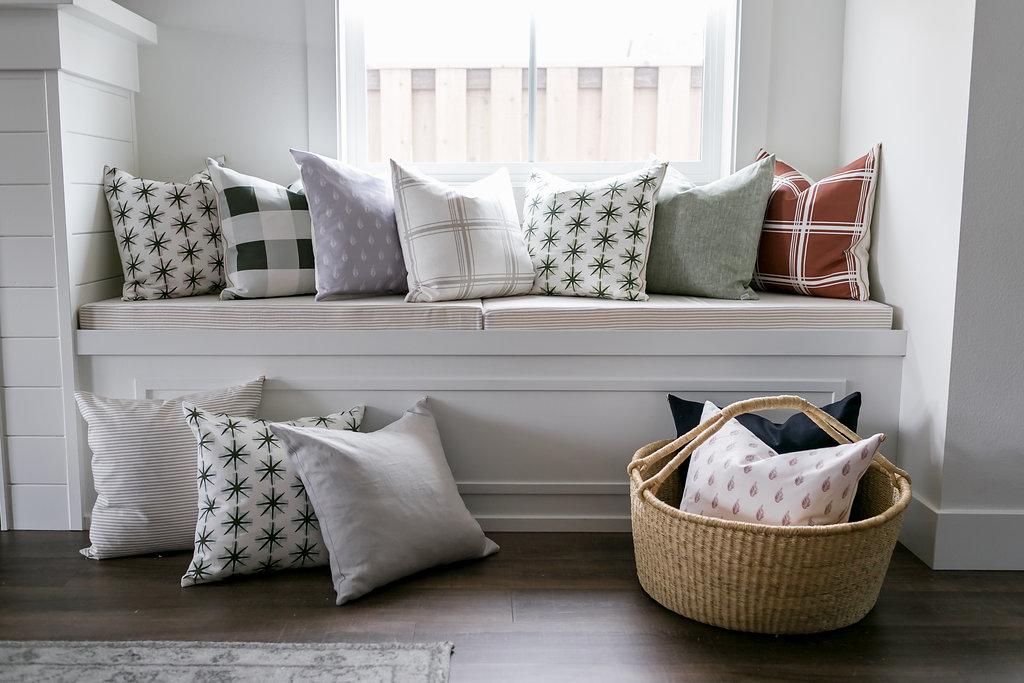 Spring18-Pillows-49.jpg
