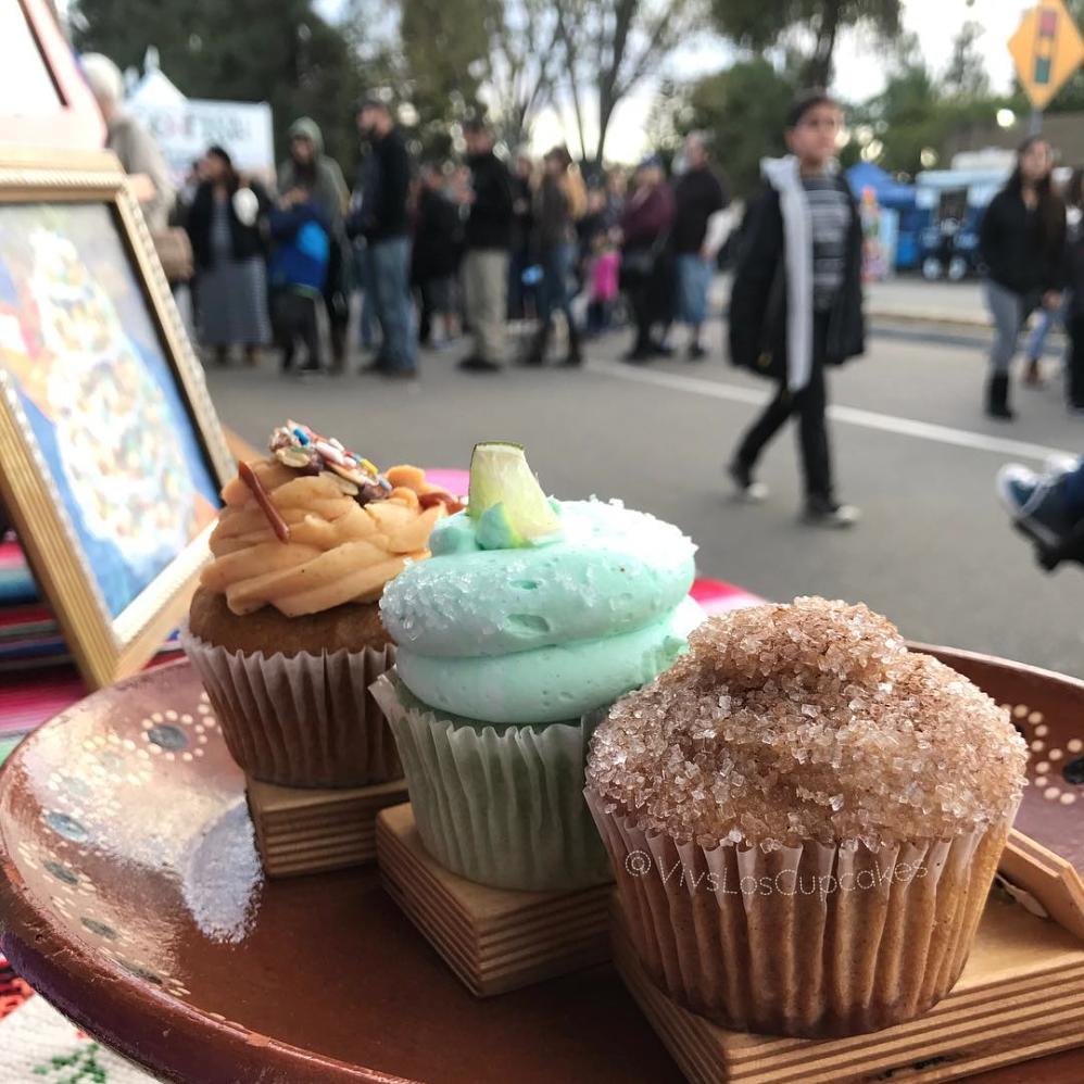 Viva Los Cupcakes (VO)
