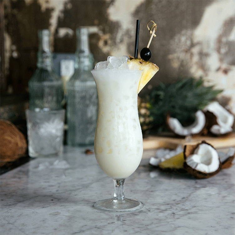 EditorialCocktails_2x_0039_Pina_Colada_Gallery3X.png.png