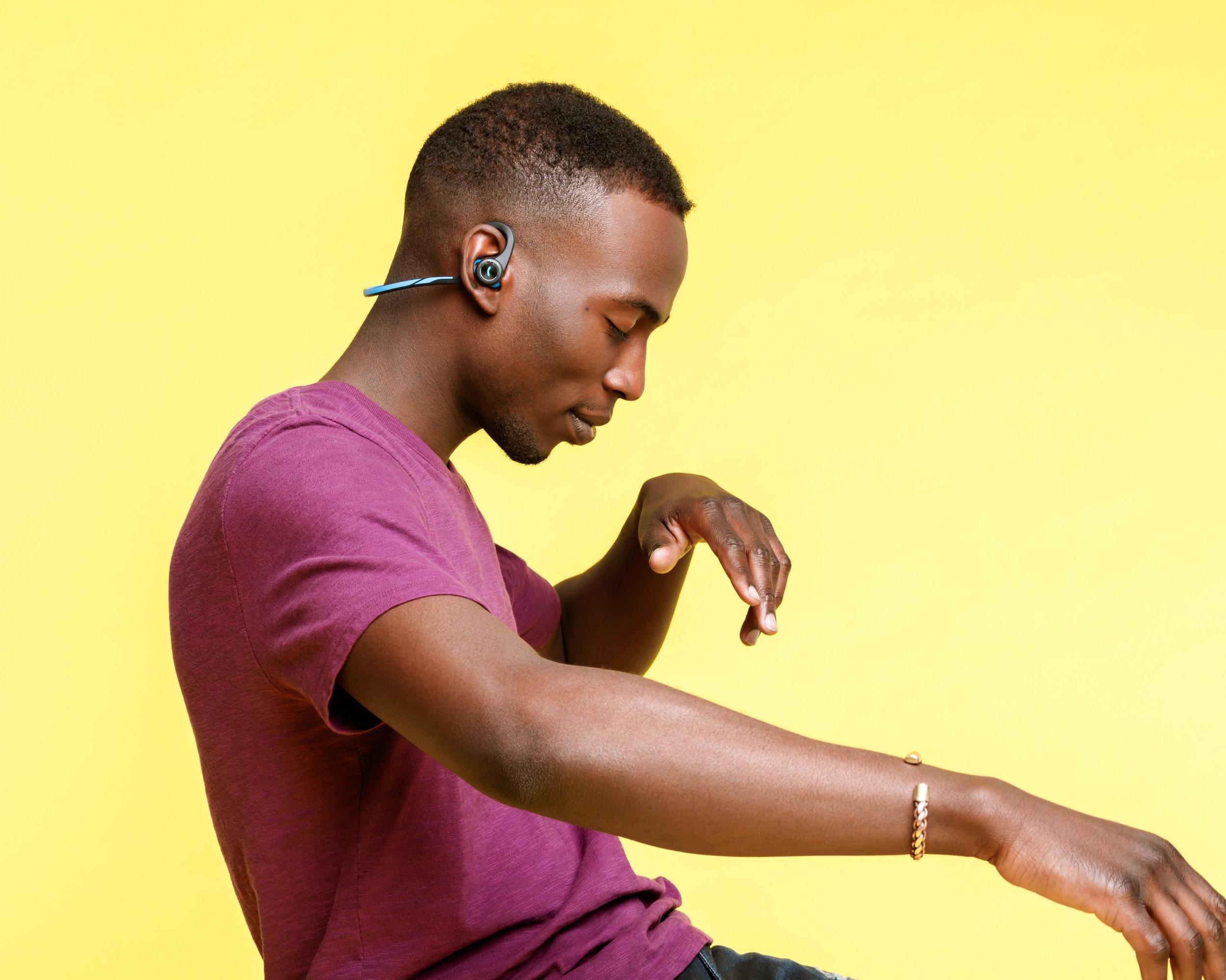 092916_MO_Ebay_Headphones_Plantronics_0190-V02.jpg