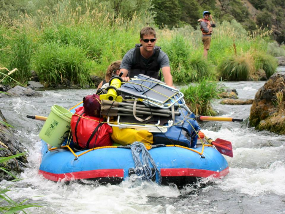 Dr. Dan Preston steering the ship down river. Dan is a postdoctoral fellow at Oregon State University. He is a freshwater guru that specializes in disease ecology..