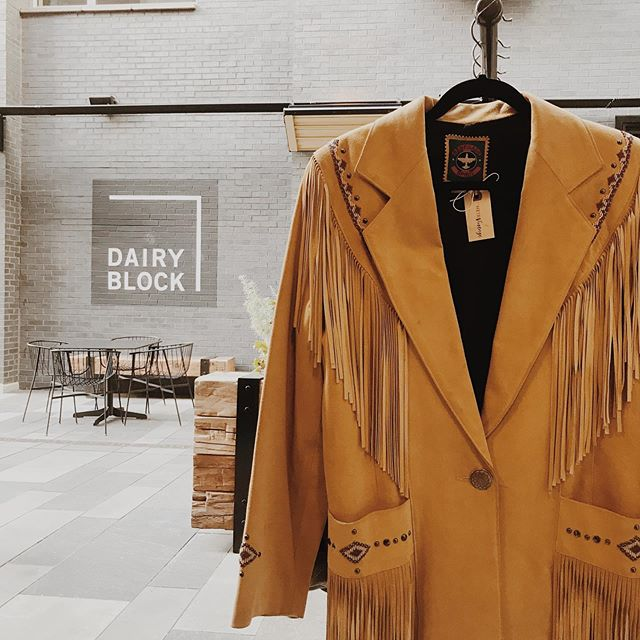 📍 Handpicked some fall favorites for the alley @dairyblock like this fringe and beaded dreamsicle jacket.